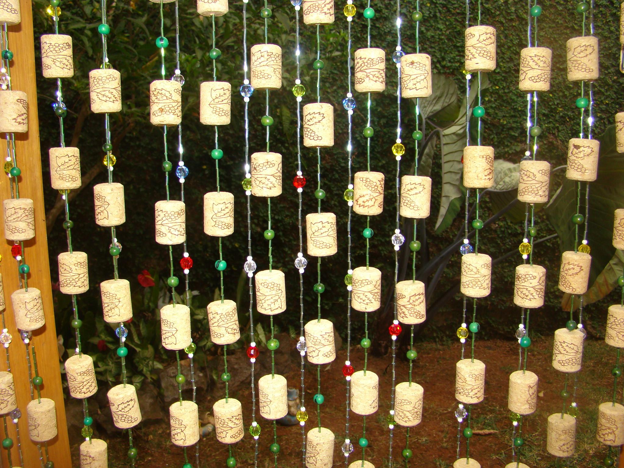 Cortina de rolhas de vinho  Zoé Artesanatos  Elo7