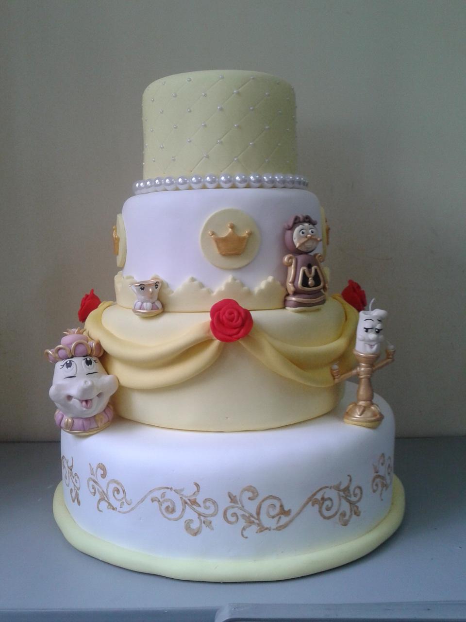 Resultado de imagem para bolo para festa da bela e a fera
