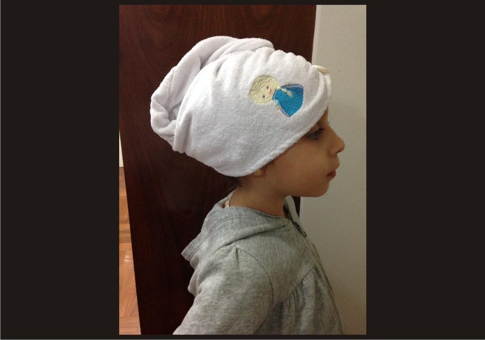 Touca banho em toalha personalizada no Elo7  0306e3f43bd