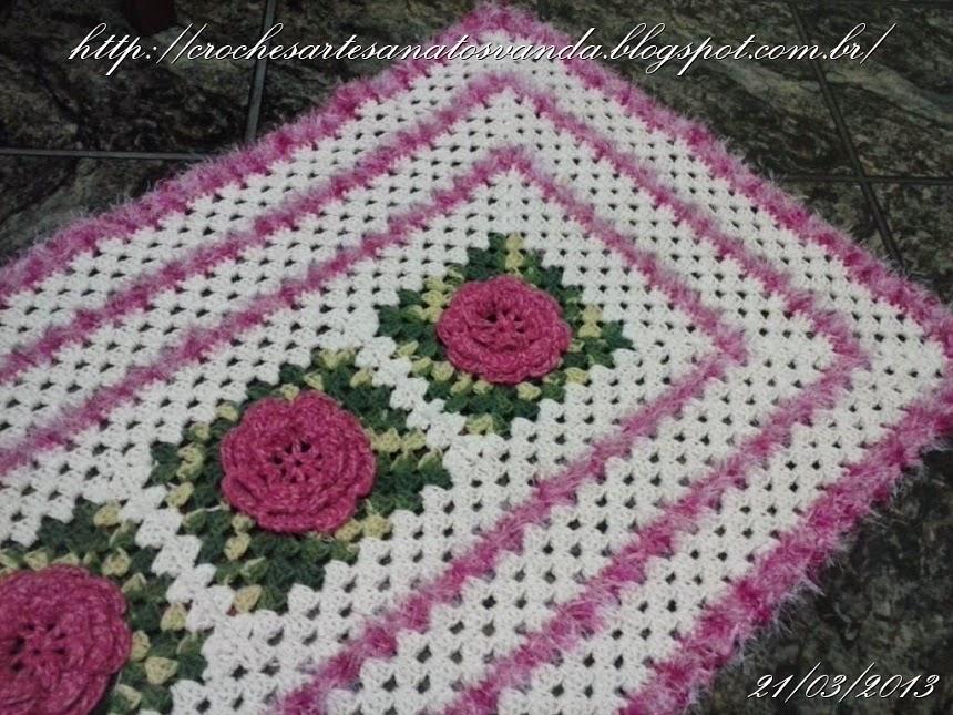 tapete floral com rosas artesanatos em geral vanda elo7. Black Bedroom Furniture Sets. Home Design Ideas