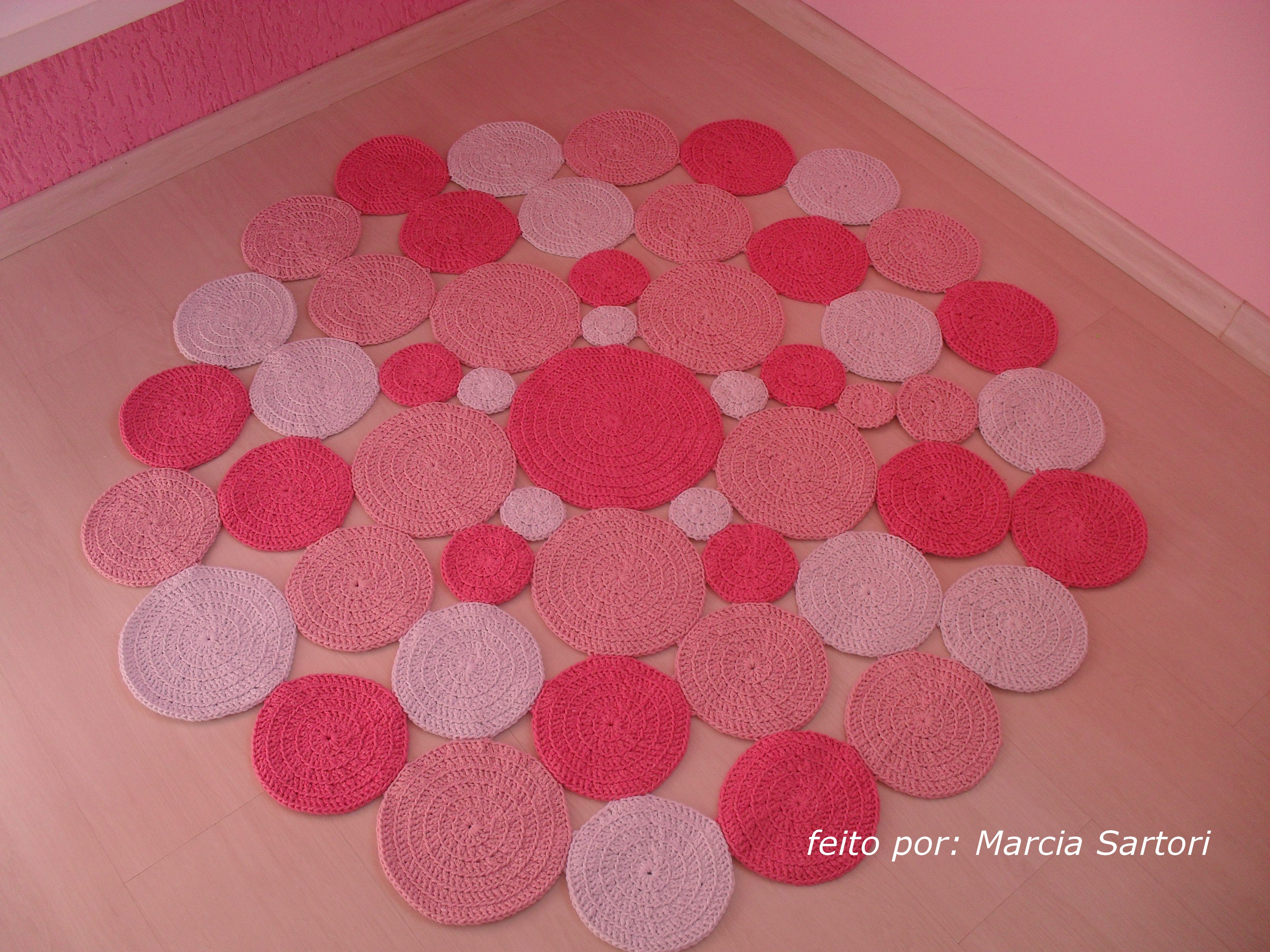 Tapete de bolas redondo tons rosa marcia sartori elo7 for Rosa tapete
