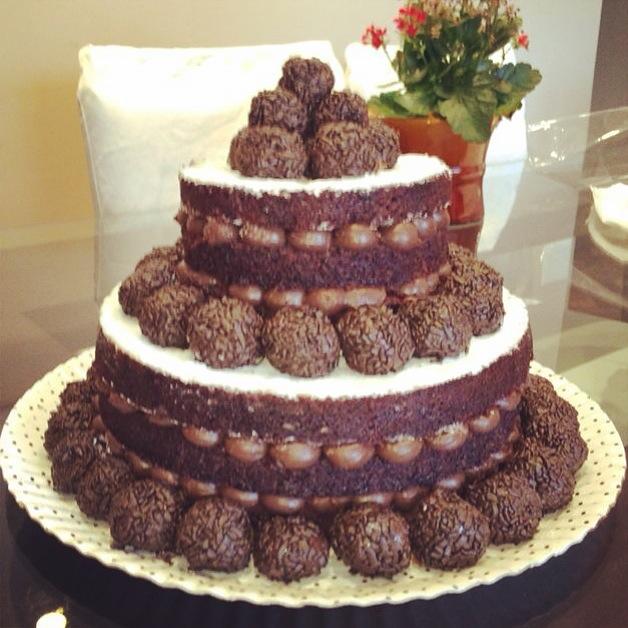 Naked Cake - Simples | Maison du Brigadeiro | Elo7