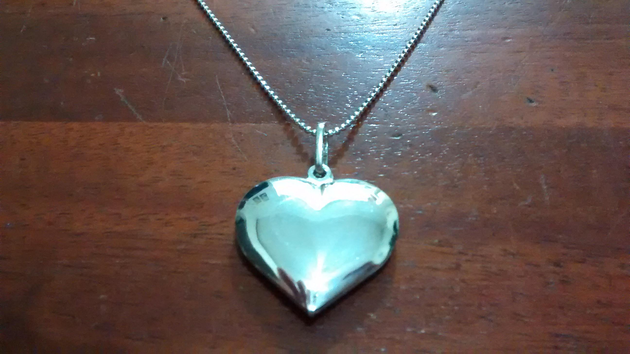 f4303c4ce74 Colar de Prata com Coração Grande no Elo7