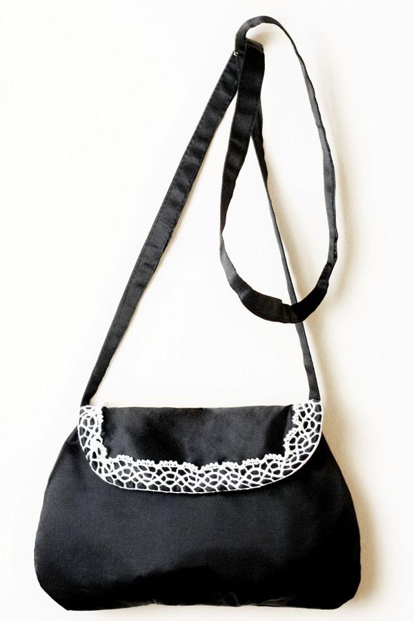 Bolsa De Renda Branca : Bolsa transversal preta com renda branca missenhorita elo