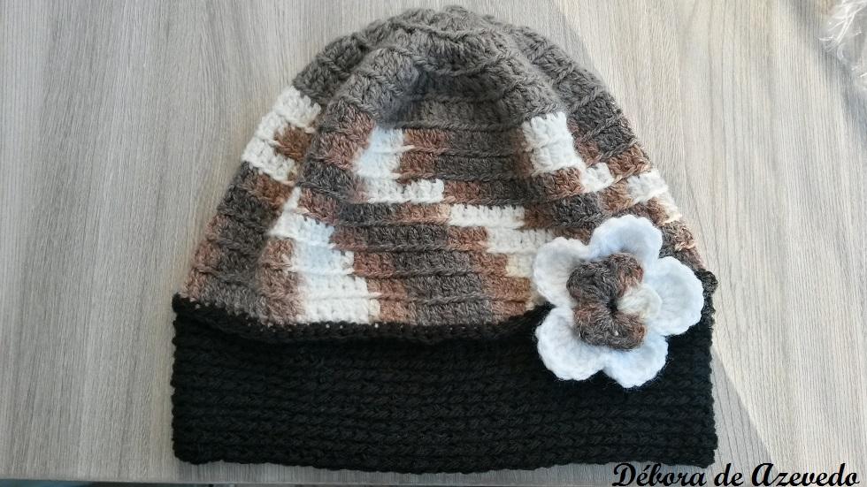 983e3a49323dc Touca Adulto Croche com Flor