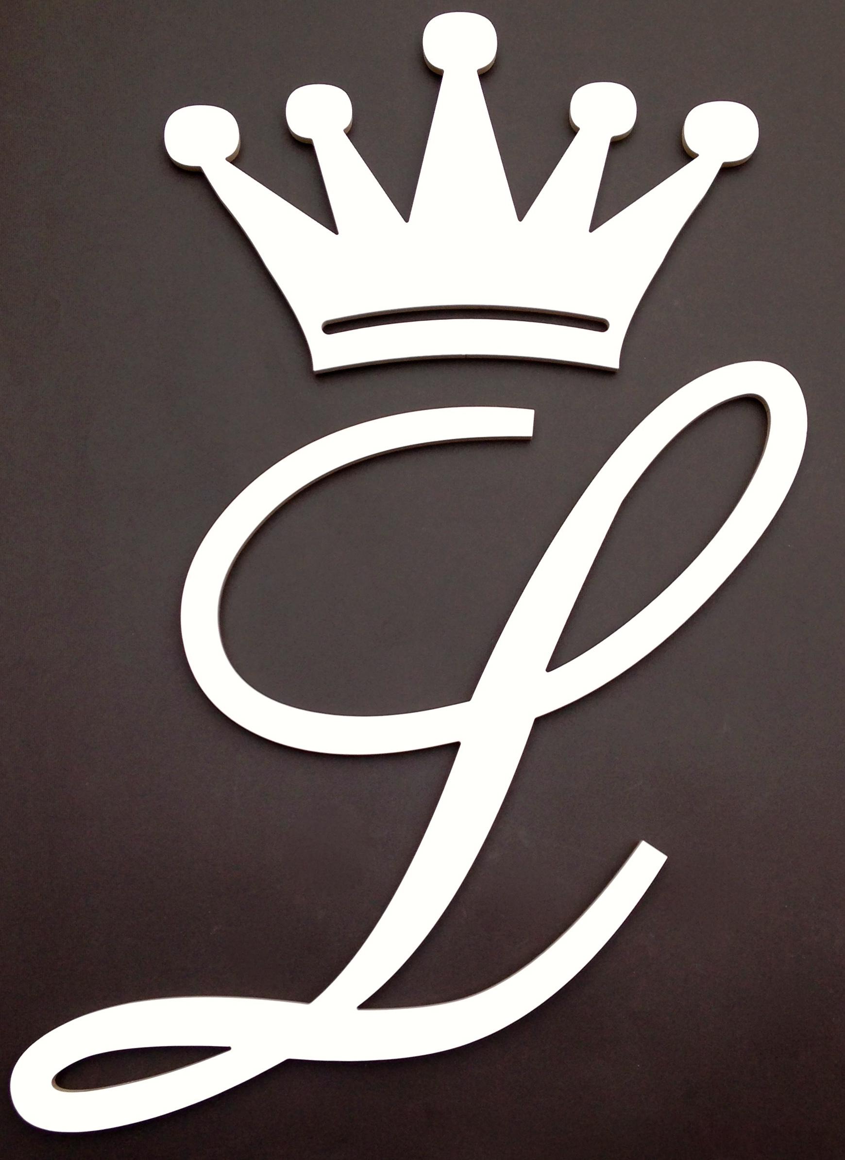 Coroa letra em mdf f rmica dreams elo7 for Papel pared personalizado foto