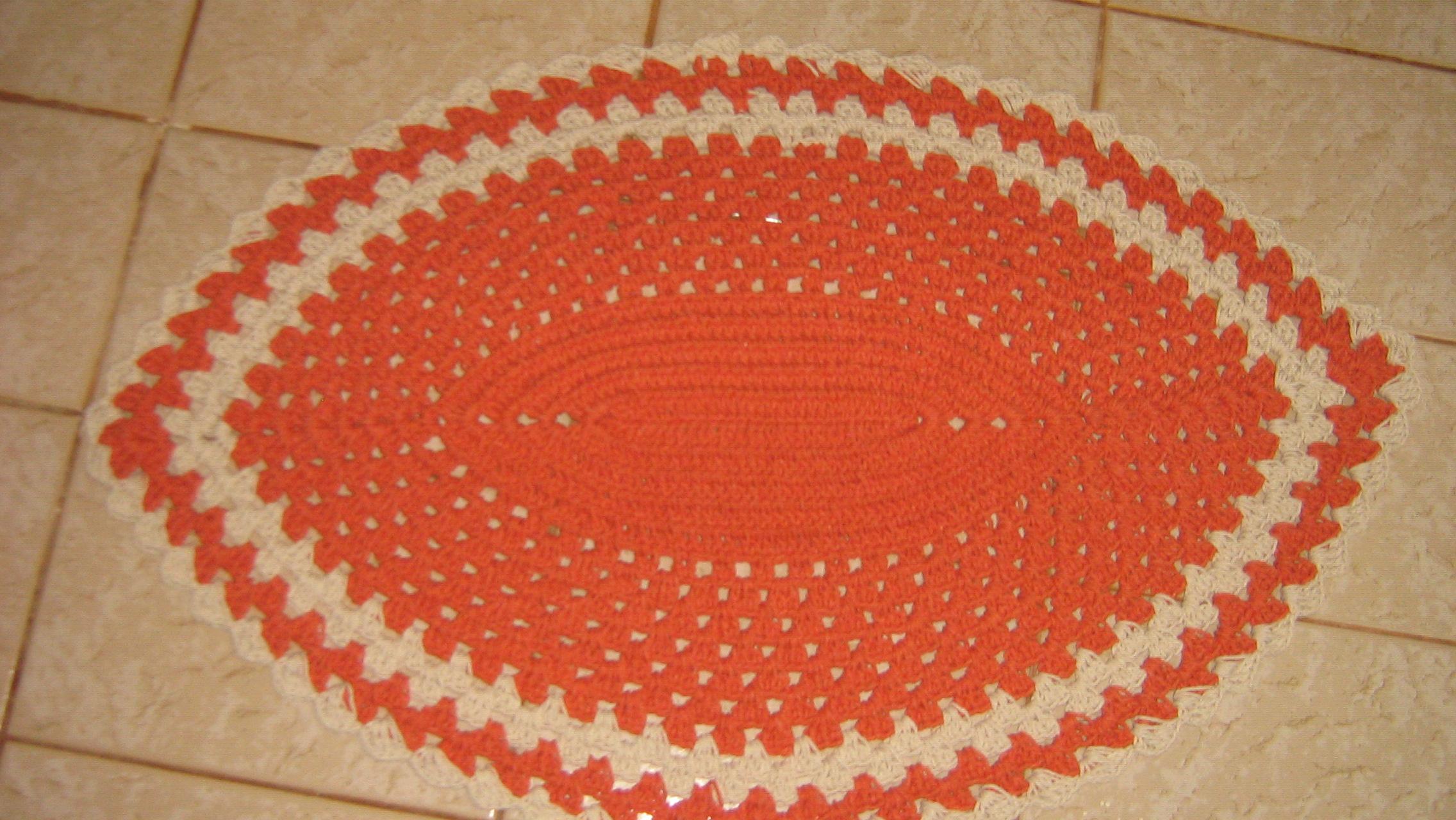 Encontre e salve ideias sobre Tapete de crochê no Pinterest. | Veja mais ideias sobre Padrões de tapete, Trapillo e Tapetes de crochê.