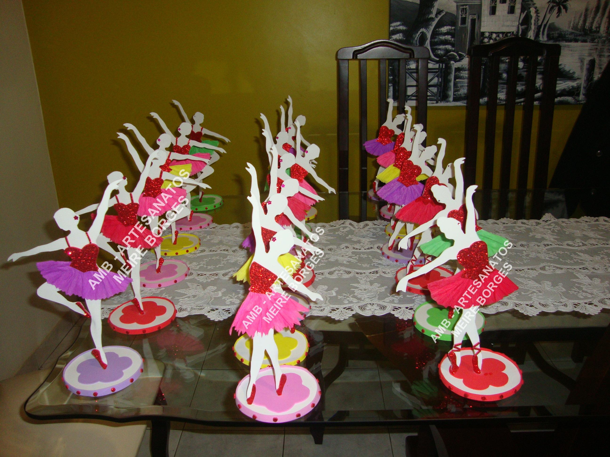 Enfeite de mesa bailarina amb artesanatos meire borges for Mesa infantil