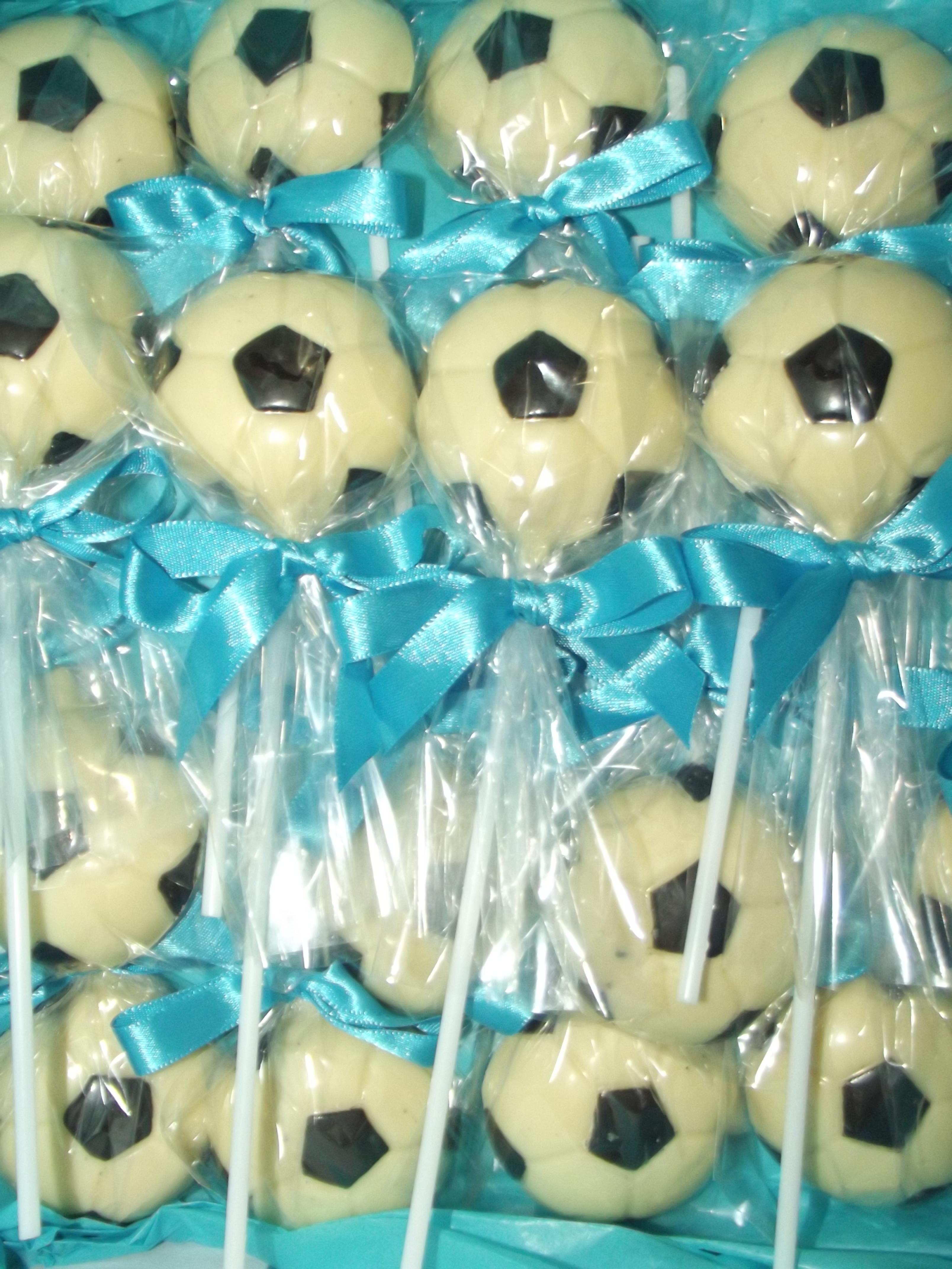 880ca5810a Pirulito de chocolate bola de futebol no Elo7