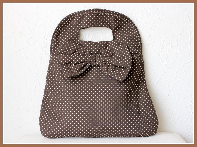 Bolsa em tecido com laço no Elo7  2f0b6154f18