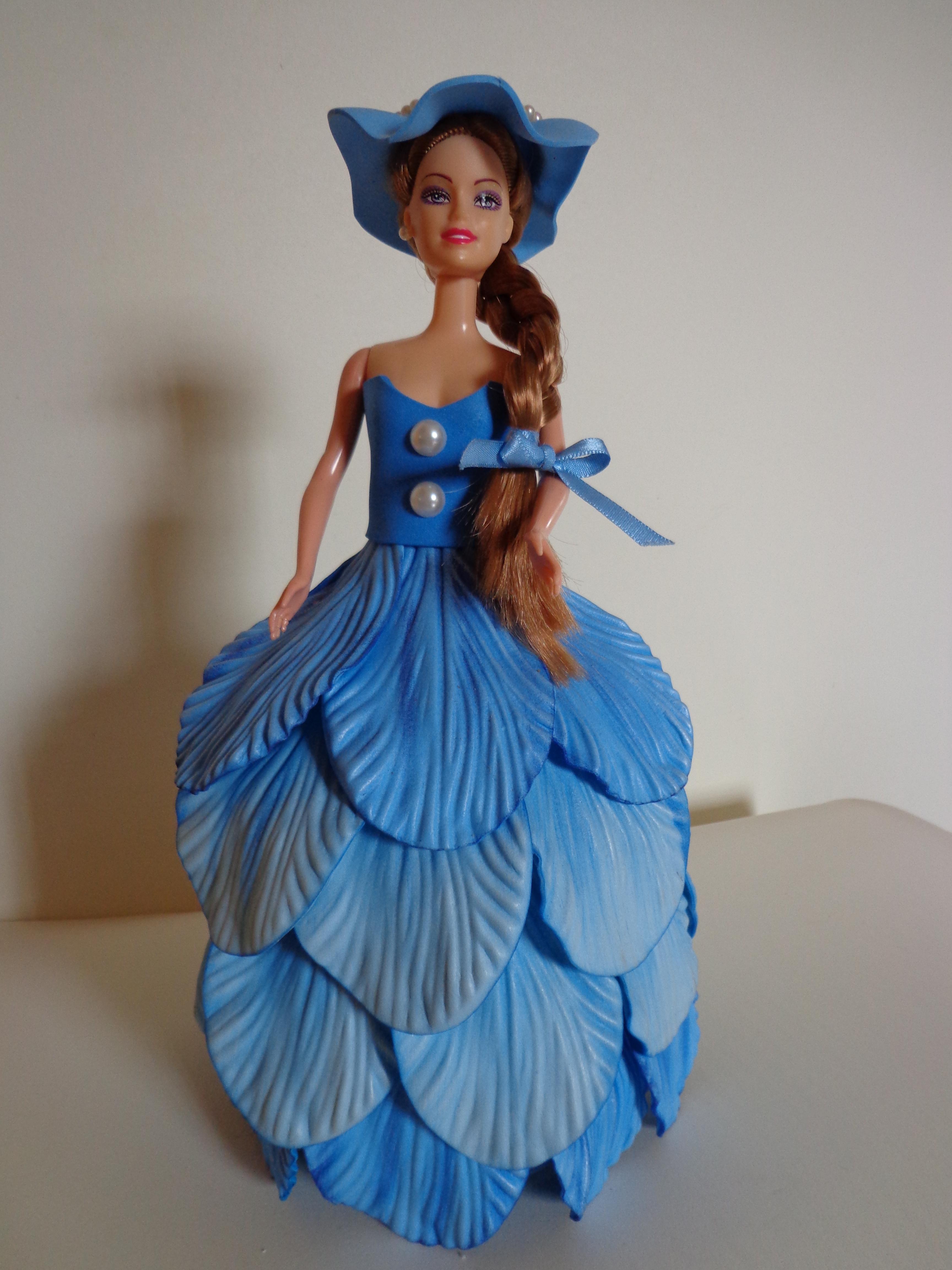 Vestido de Boneca Chapeu e Bolsinha  830dd31dcb0