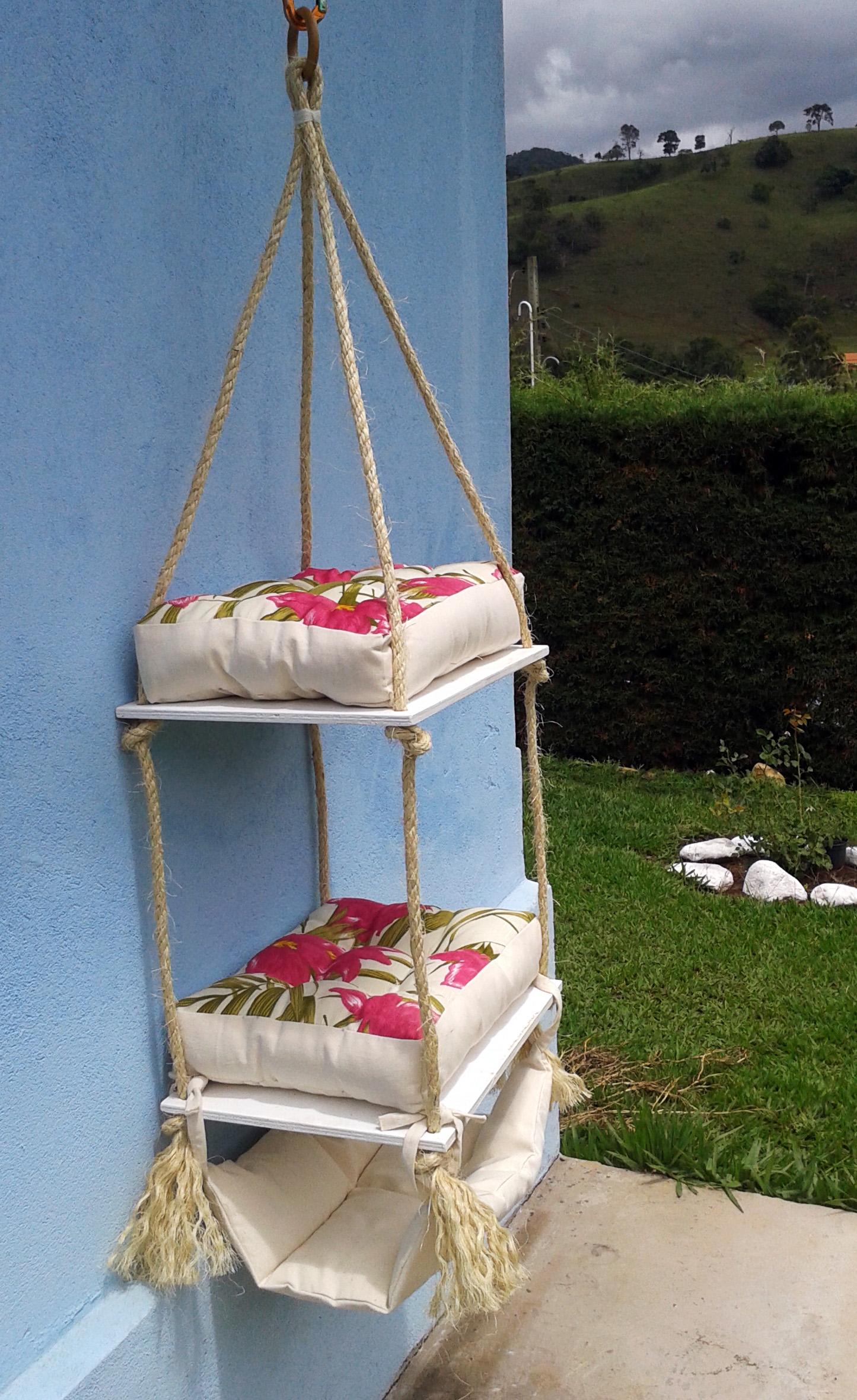 Cama suspensa para gatos 3 futons rede atelier pet for Cama para gatos