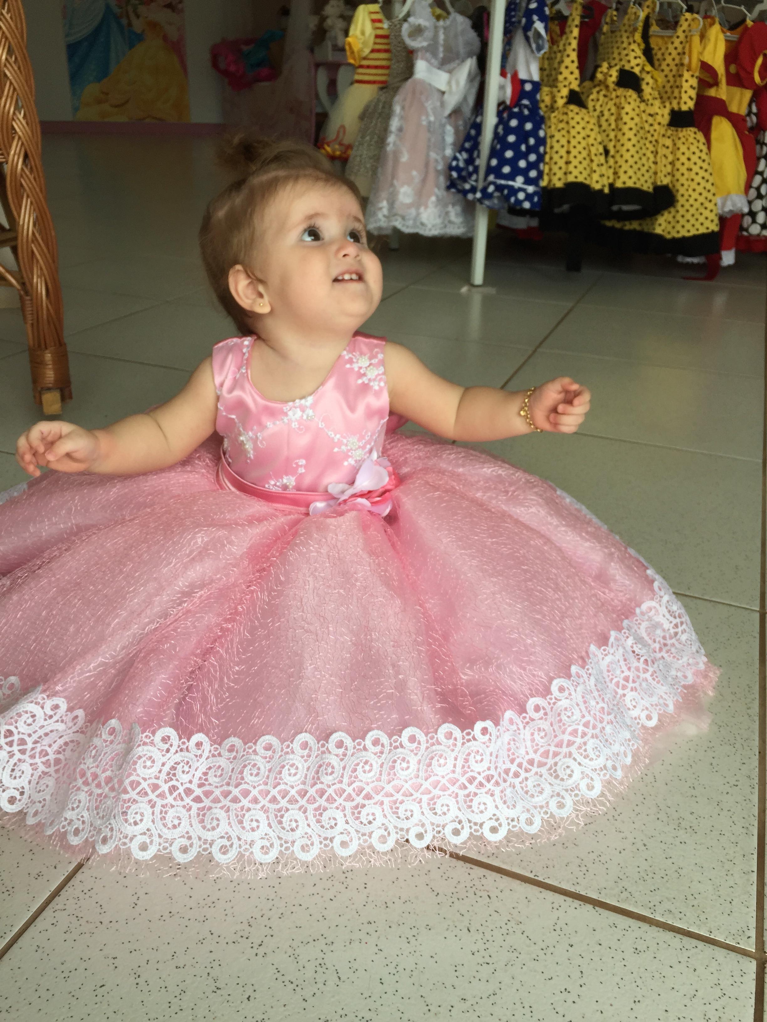 Princesa super luxo renda guipir dalili store baby elo7 for Jardineira bebe 1 ano