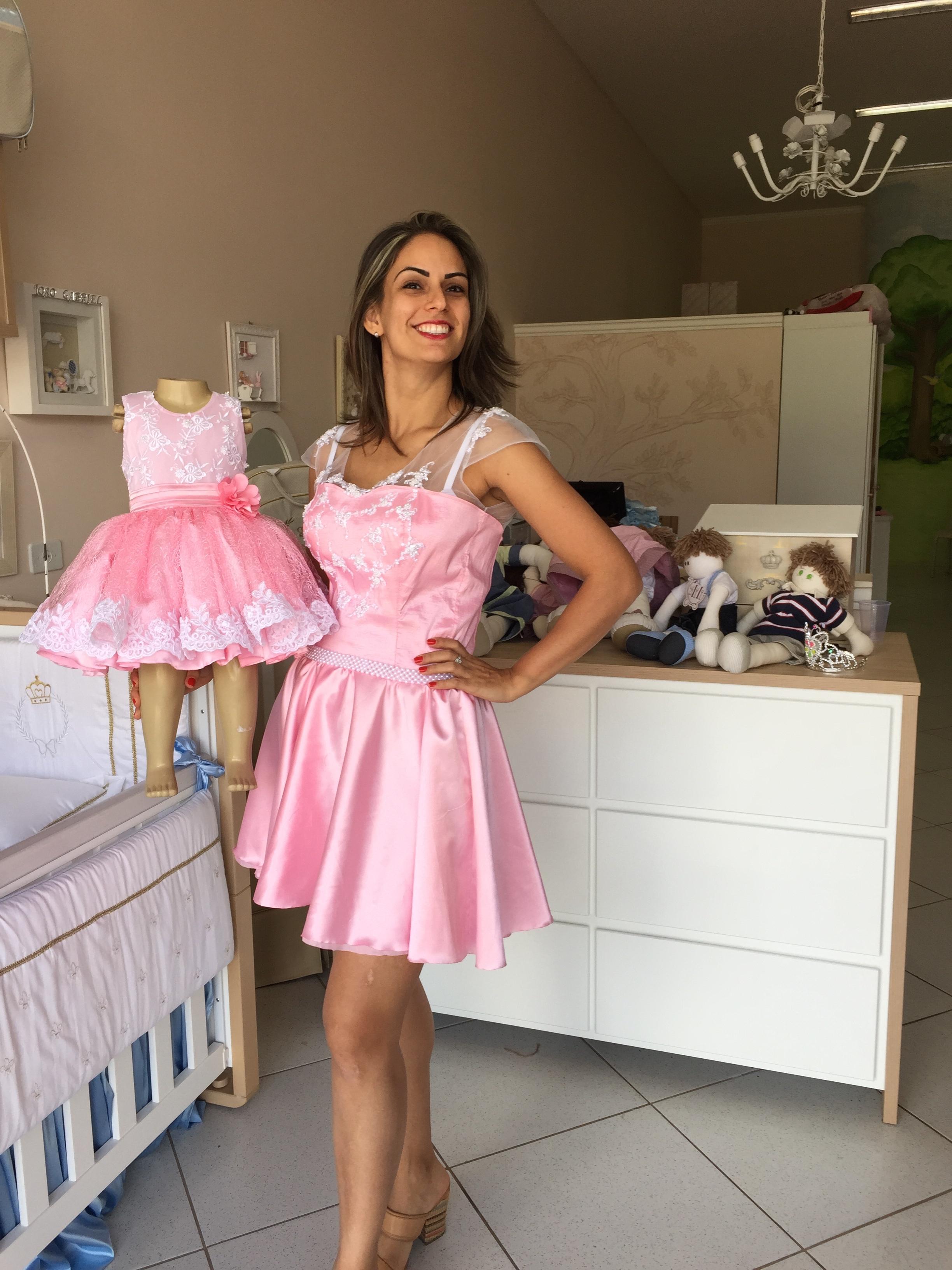 Vestido Tal Mae Tal Filha Rosa Luxo
