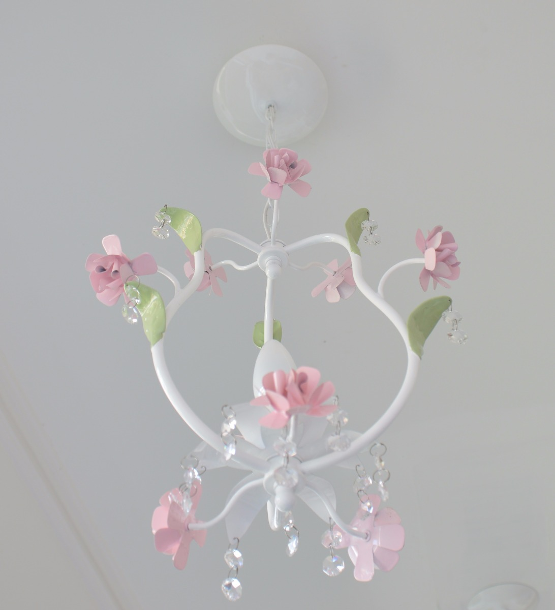 LUSTRE DE TETO para 1 lampada e flores C Oficina do Bebê