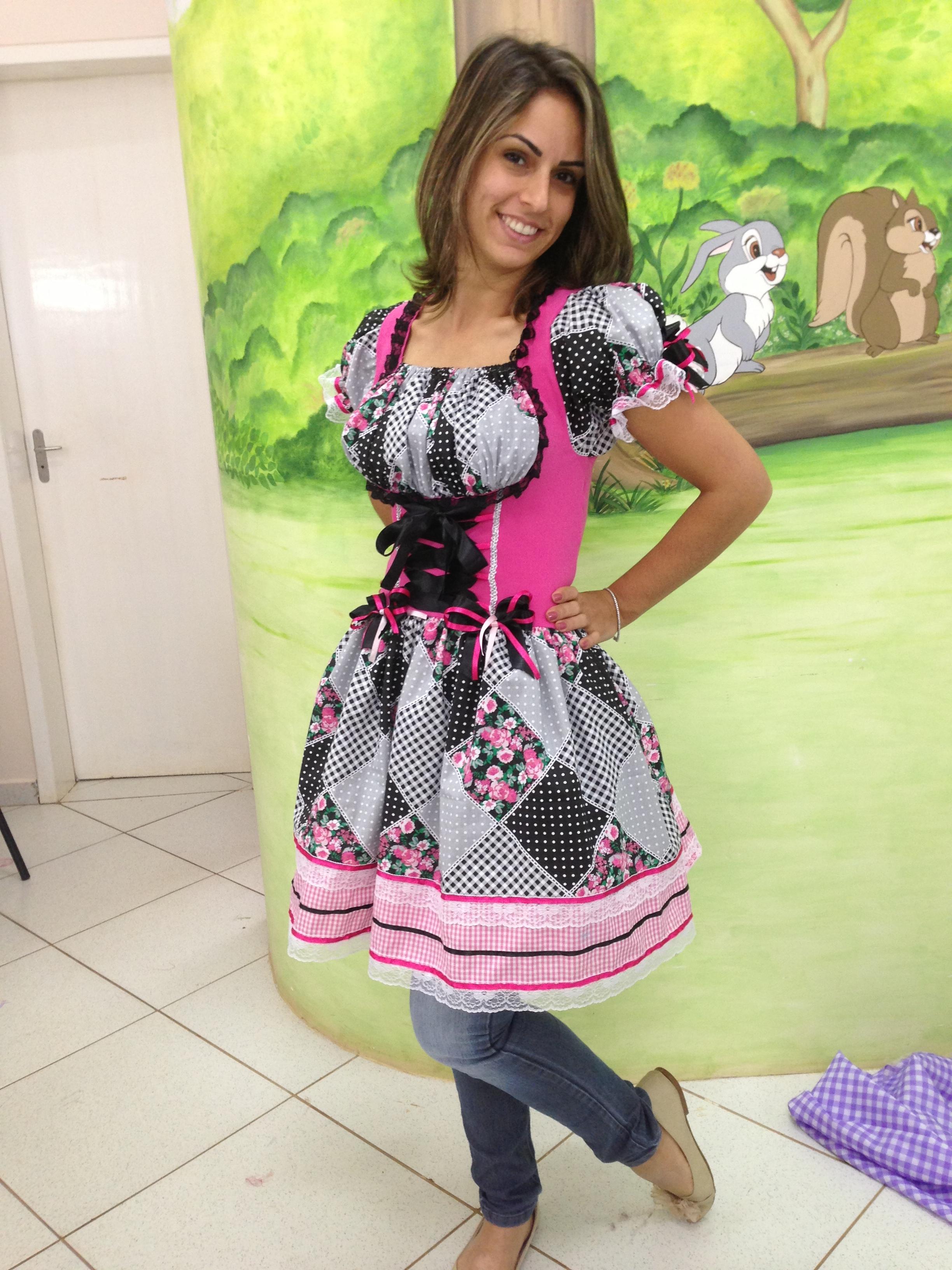 7c38fd8052063 Vestido Caipira Festa Junina Adulto