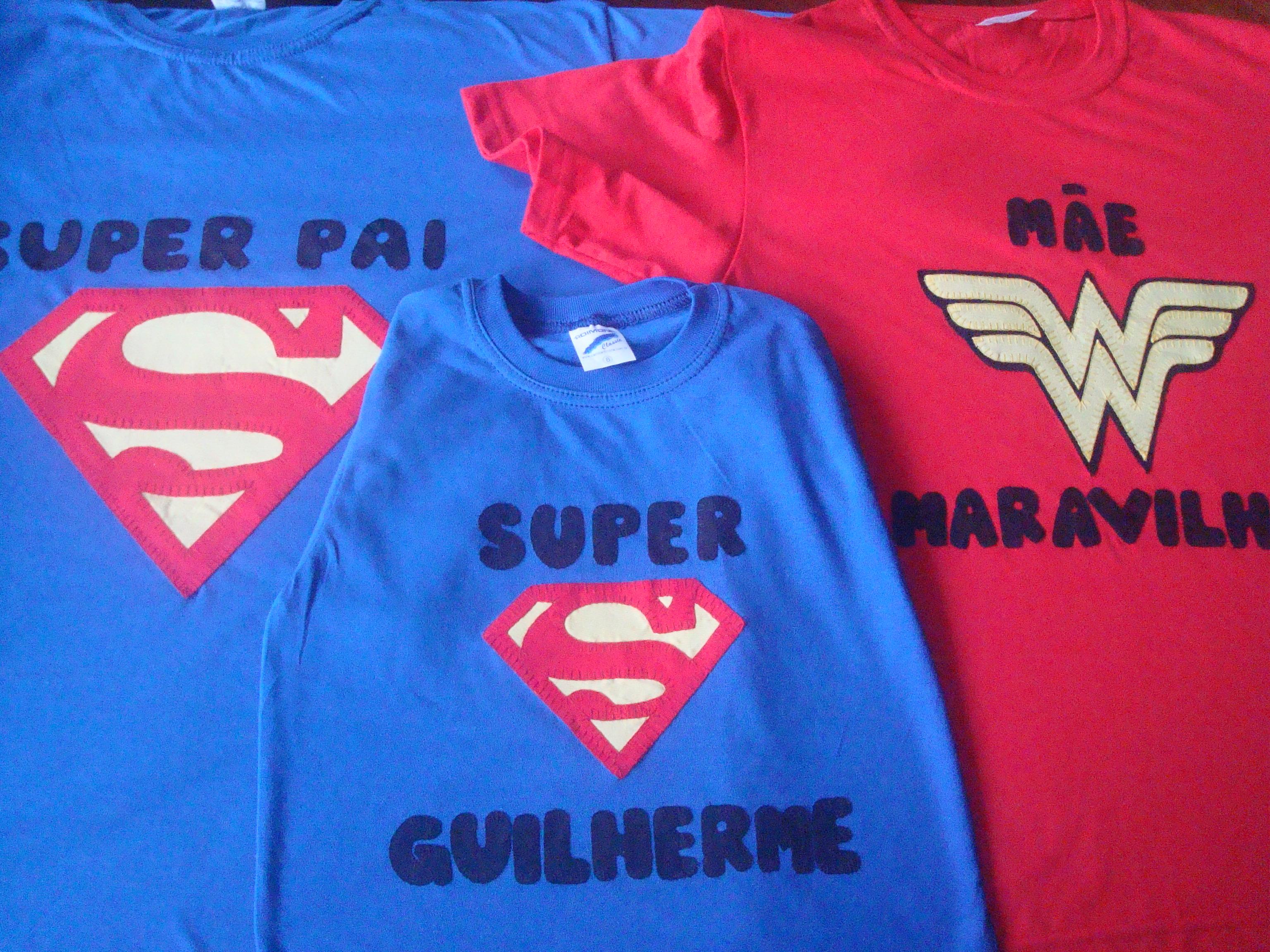 Camiseta Pai Mae e Filho Mulher Maravilha  304fbf59bc6