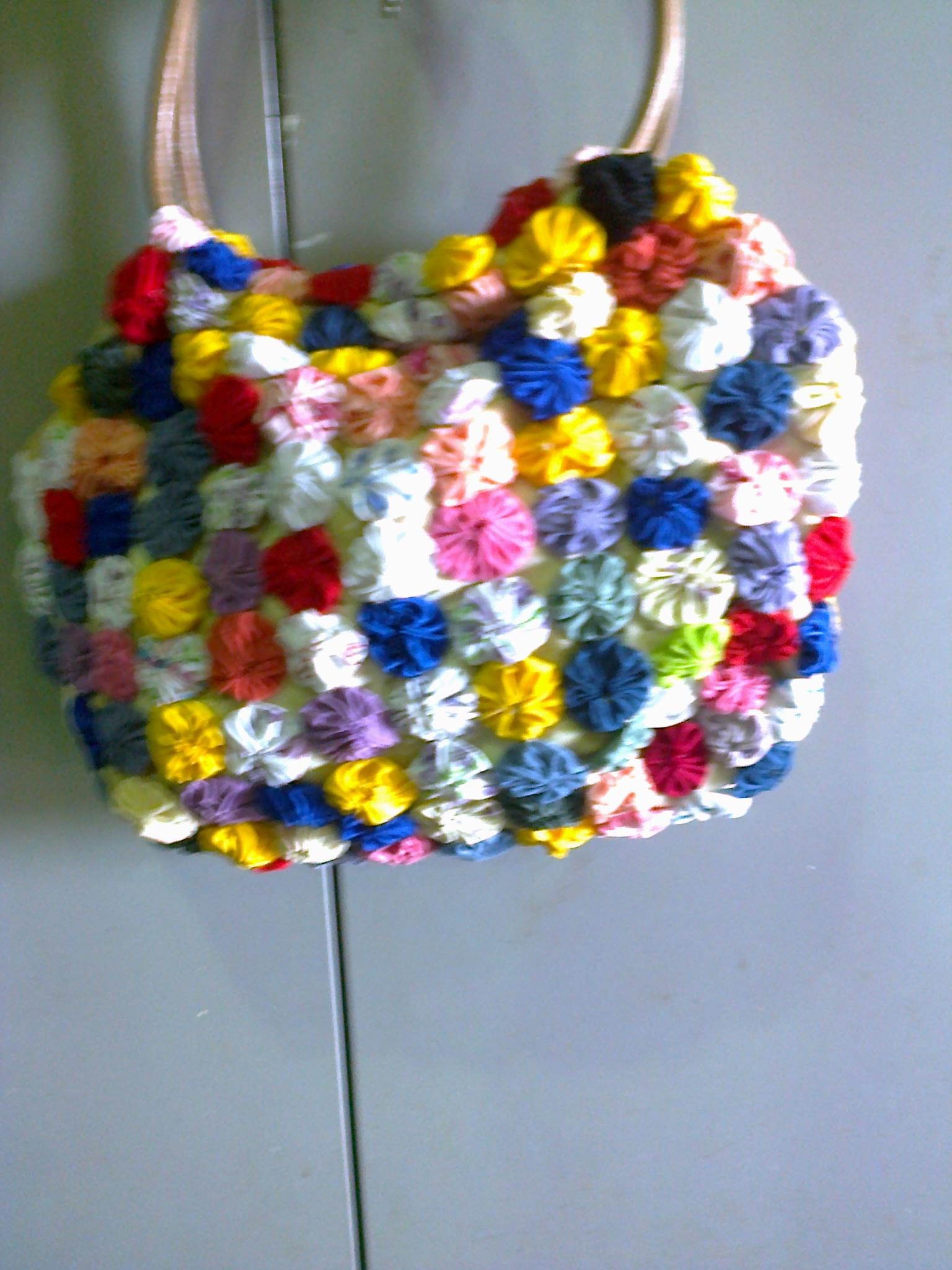 Bolsa De Tecido Feita Com Nós : Bolsa feita com fuxico em tecidos artes couro e
