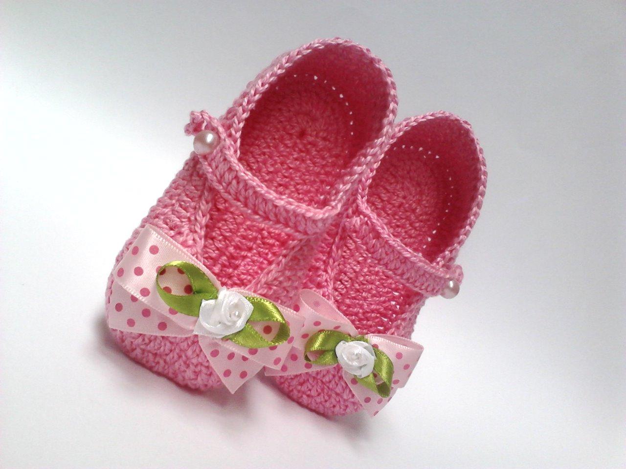 Femininos de Croche Outros Modelos de Sapatinho de Croche para Bebe  Feminino  b2ac885e14e