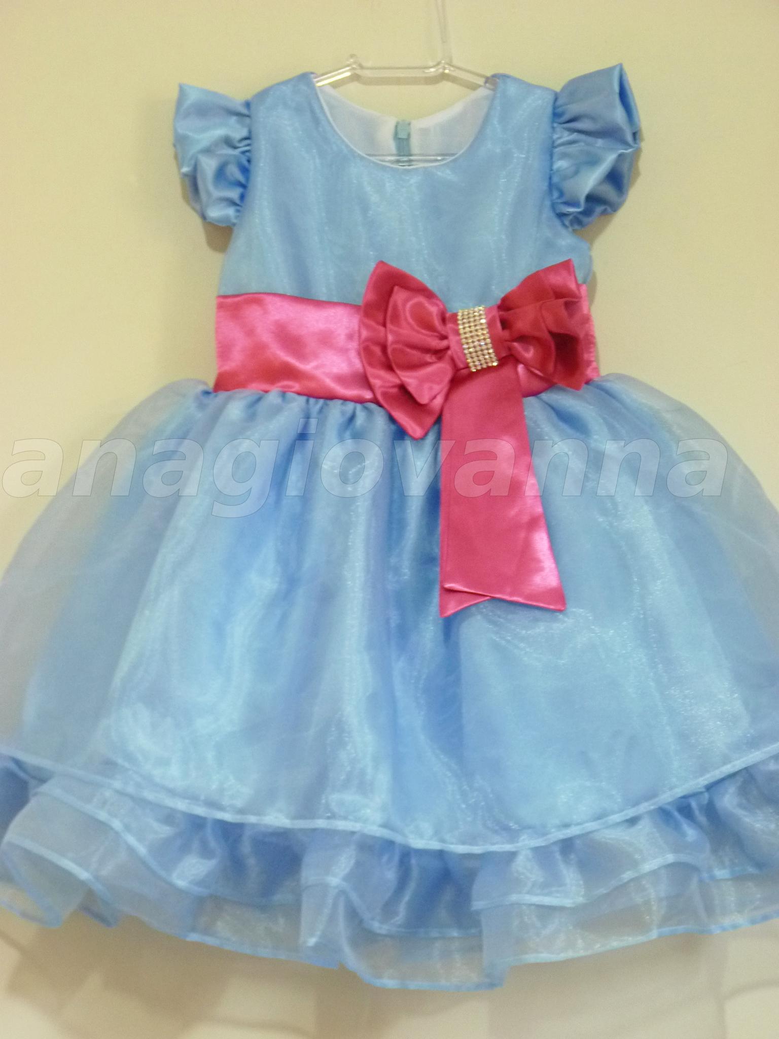 52fb60e1a Vestido Infantil Azul e Rosa no Elo7
