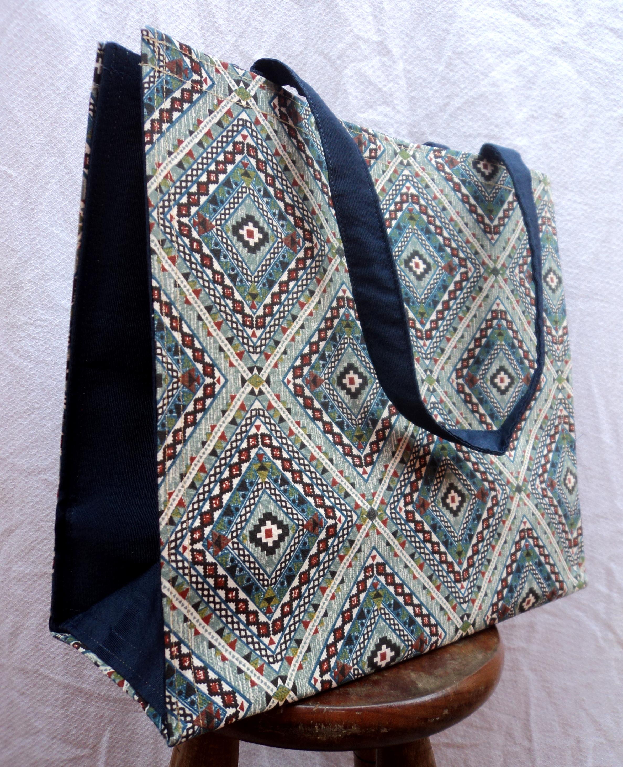 d556e2338 Bolsa Grande Azulejo Azul no Elo7 | Marias Bolsas e Artesanatos (576AC9)