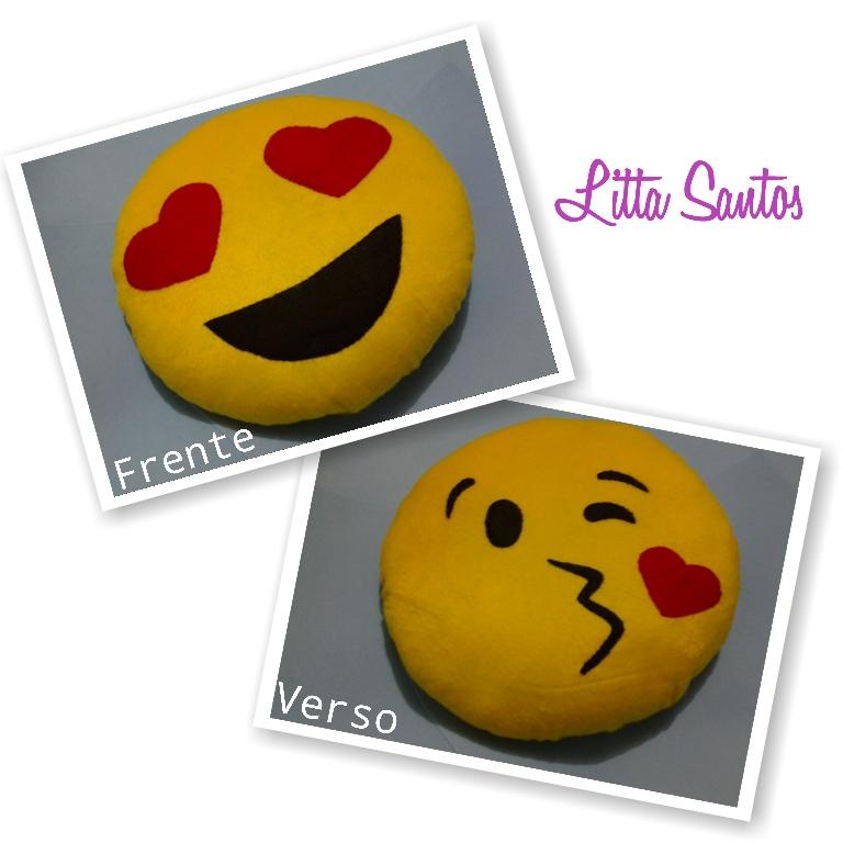 8a739acaa0d6b Almofada de Pelucia Emoticons Whatsapp   Elo7