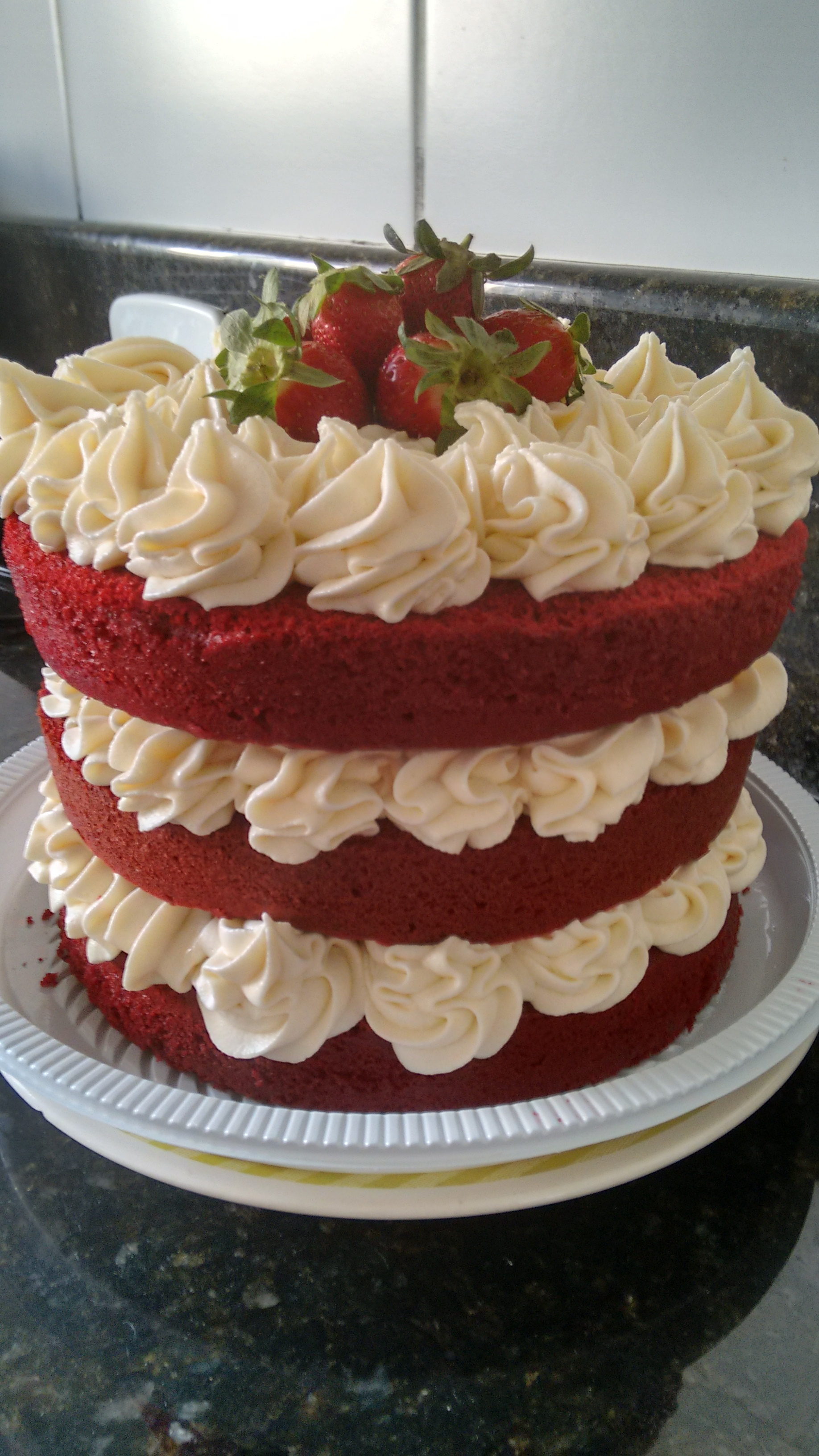 Red Cake Pictures