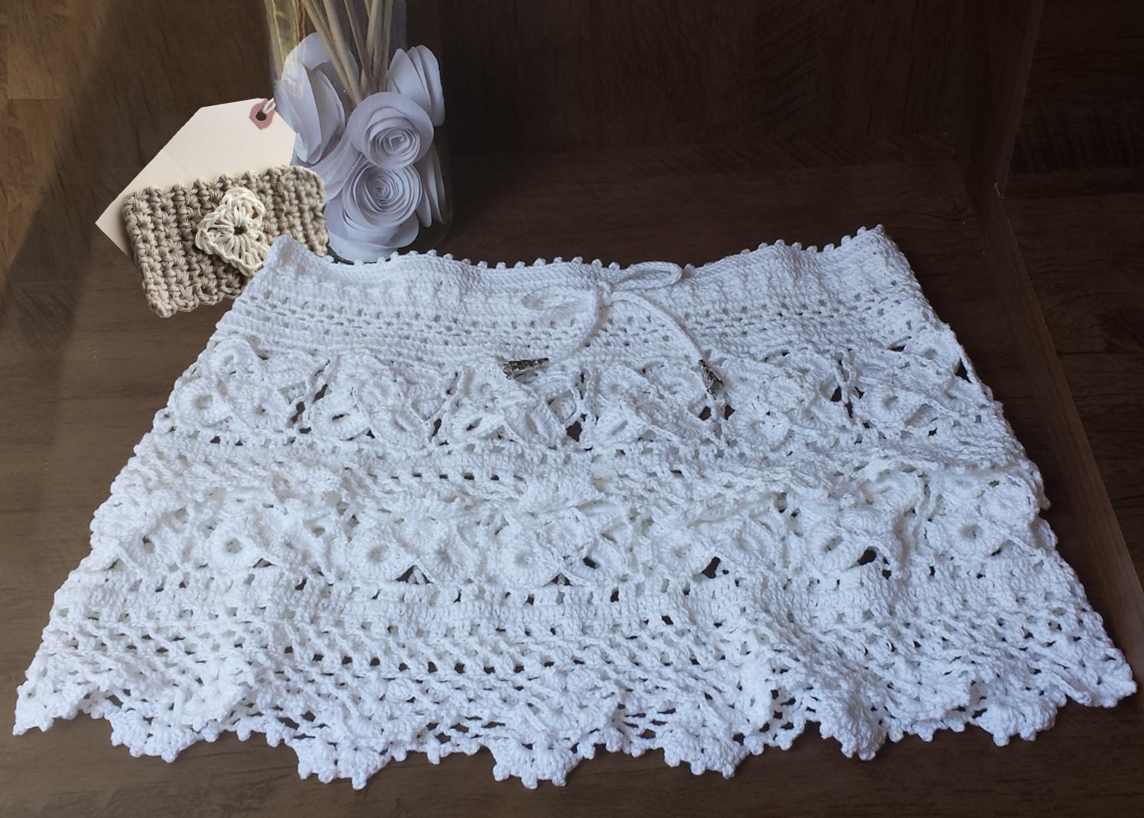 ed886274e67947 SAIDA EM CROCHÊ COM FLOR - SQUARE no Elo7 | Knit and Crochet by Sissy  Monturil (4DDAC9)