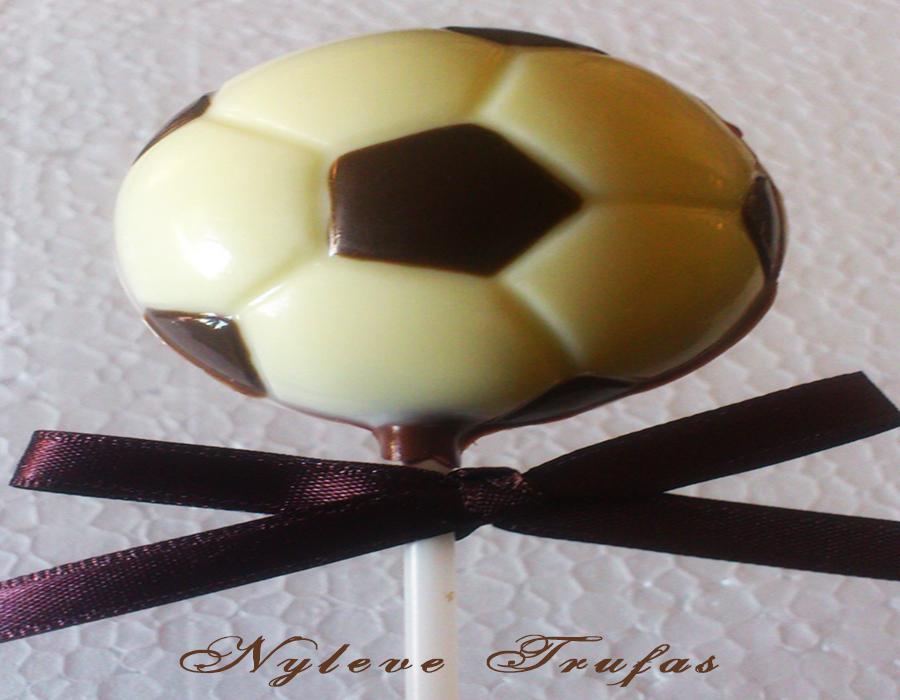 09cf383d56 Pirulito De Chocolate bola de futebol no Elo7