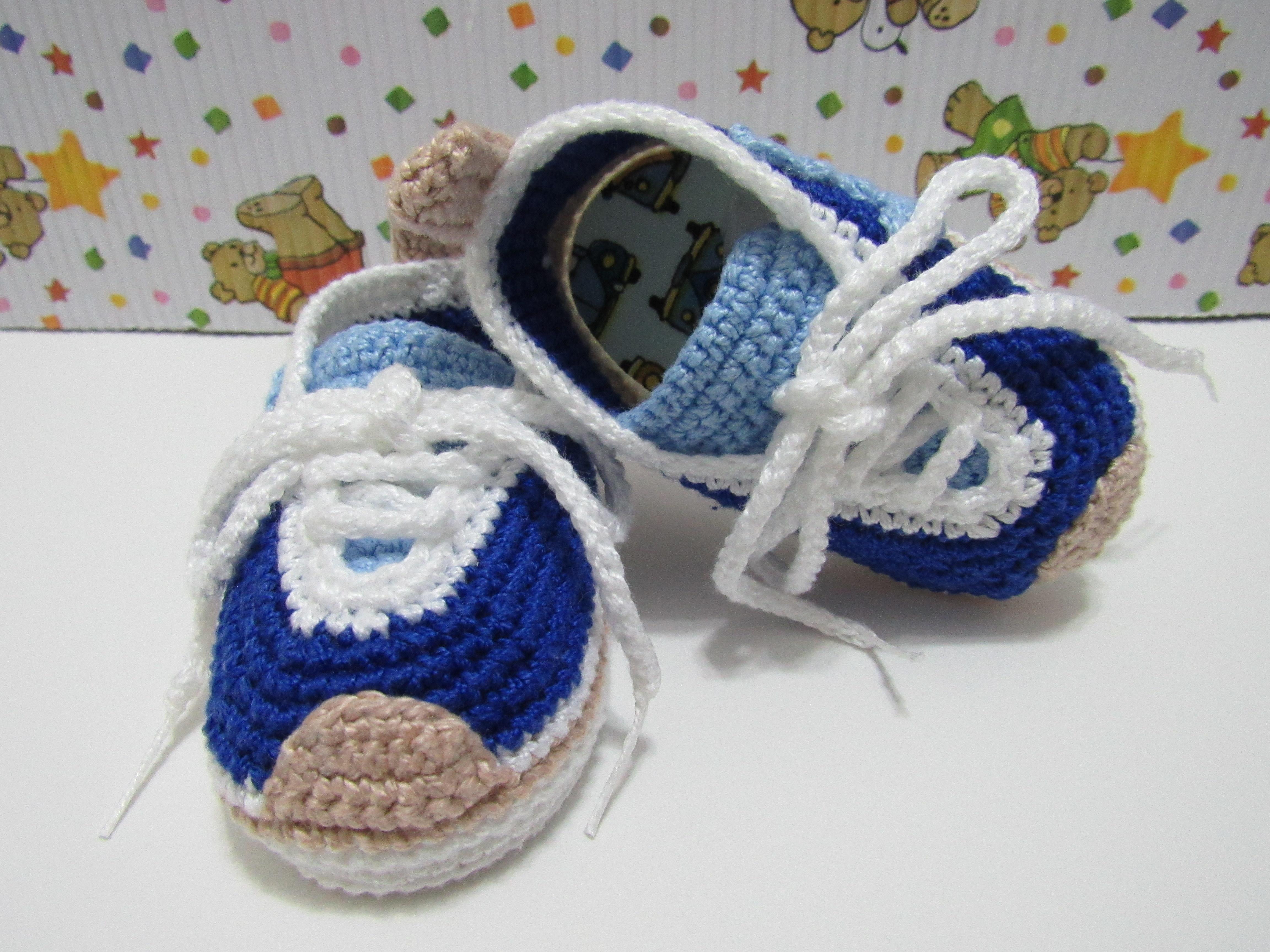556615e23 sapatinho de crochê Nike no Elo7