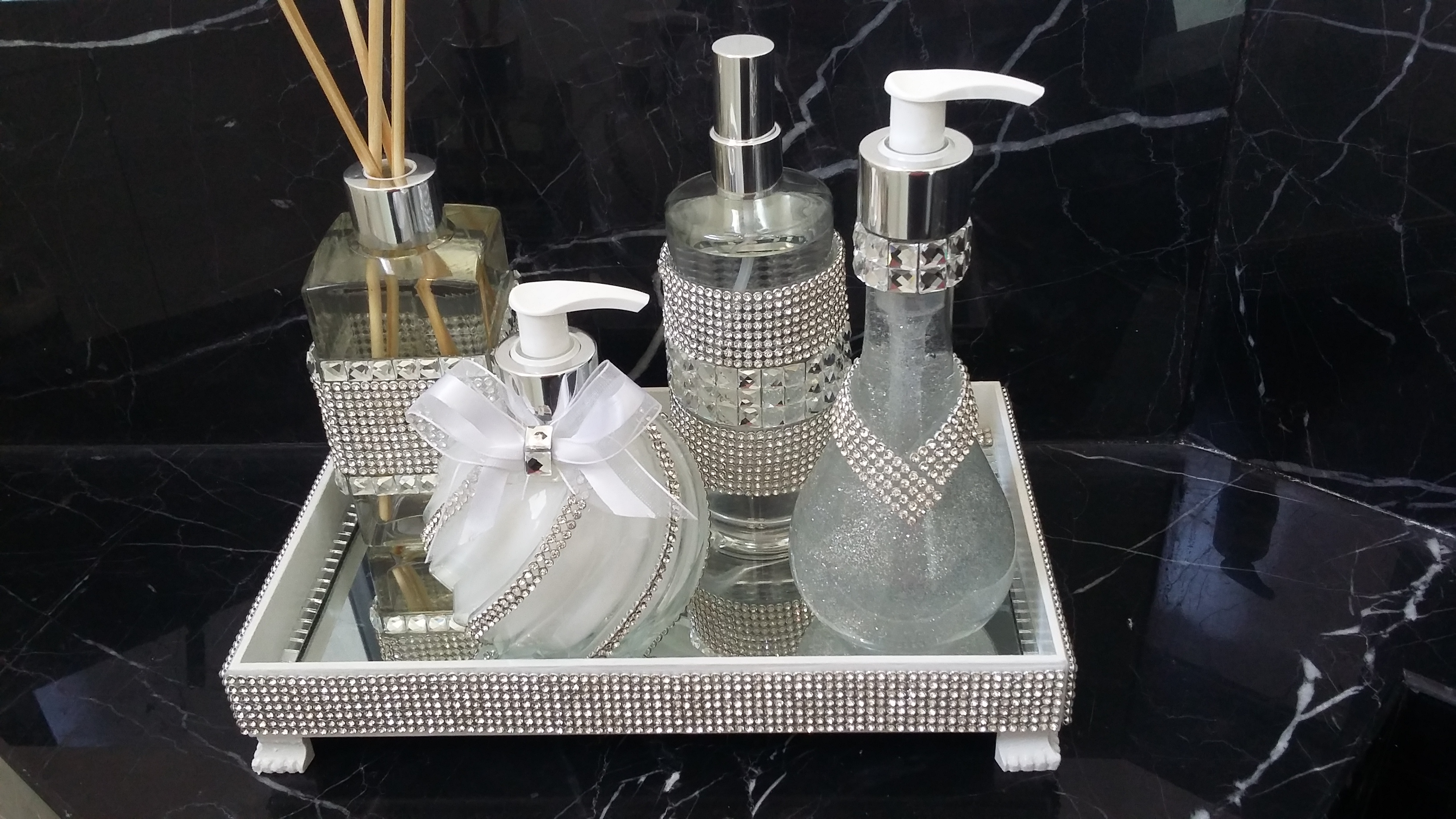 kit para banheiro lavabo sabonete kit para banheiro lavabo bandeja  #5B4E3C 3264 1836
