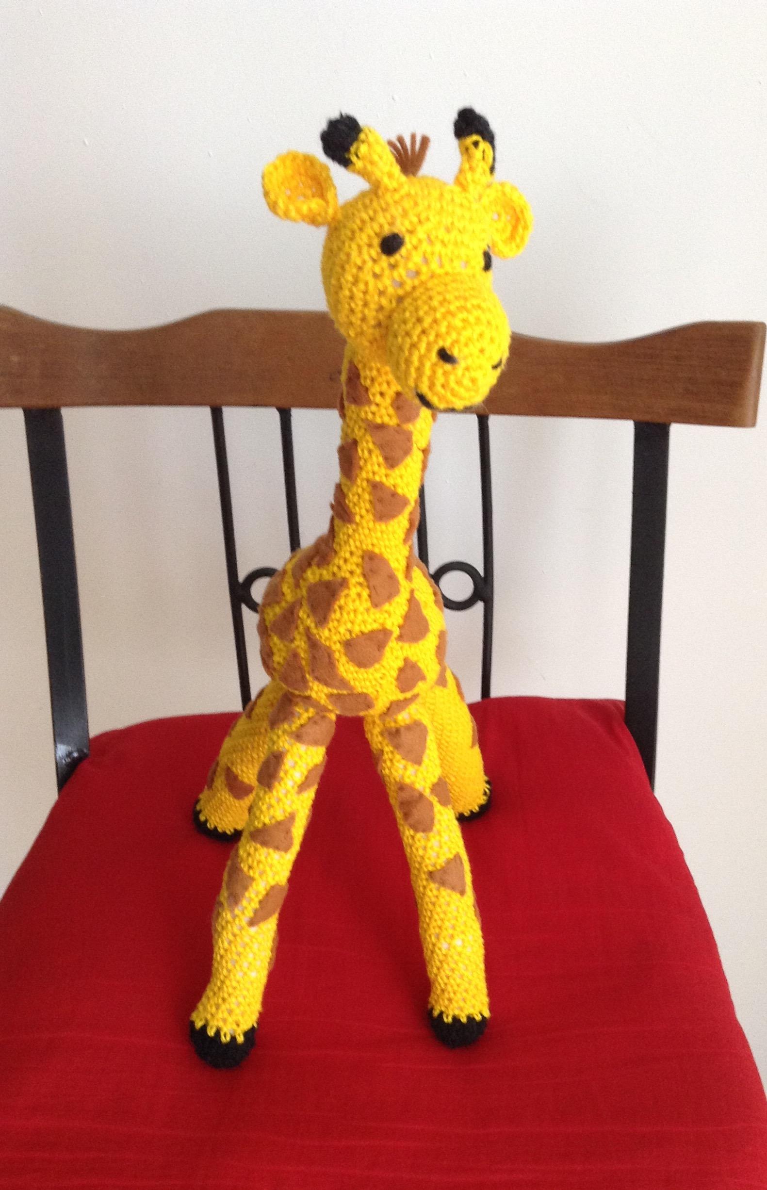 Girafa Nessa Amigurumi   2453x1581