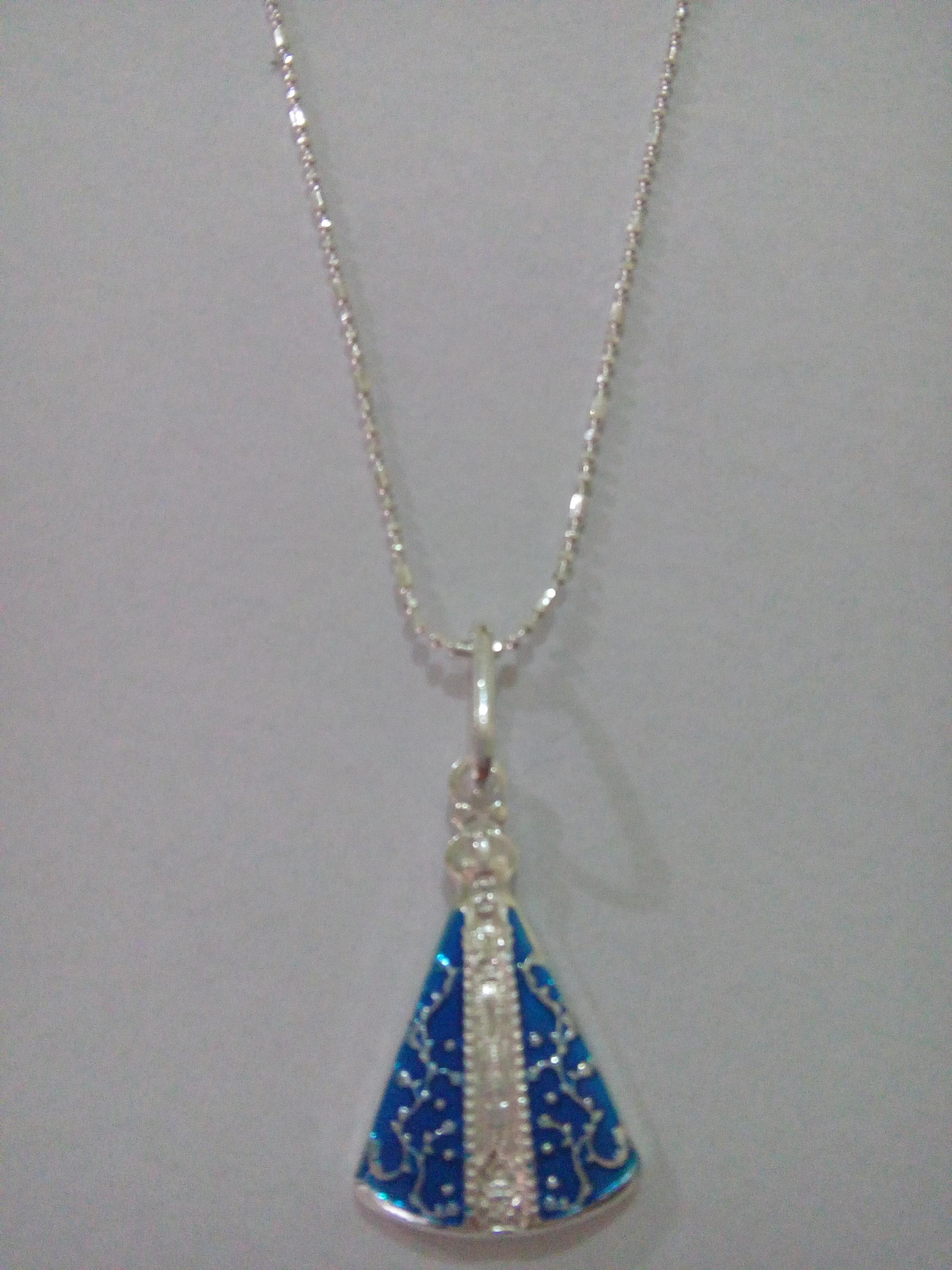 Colar Nossa Senhora Manto Azul Prata no Elo7   Águas Claras Presentes  (42FC4B) 2f38f39abd