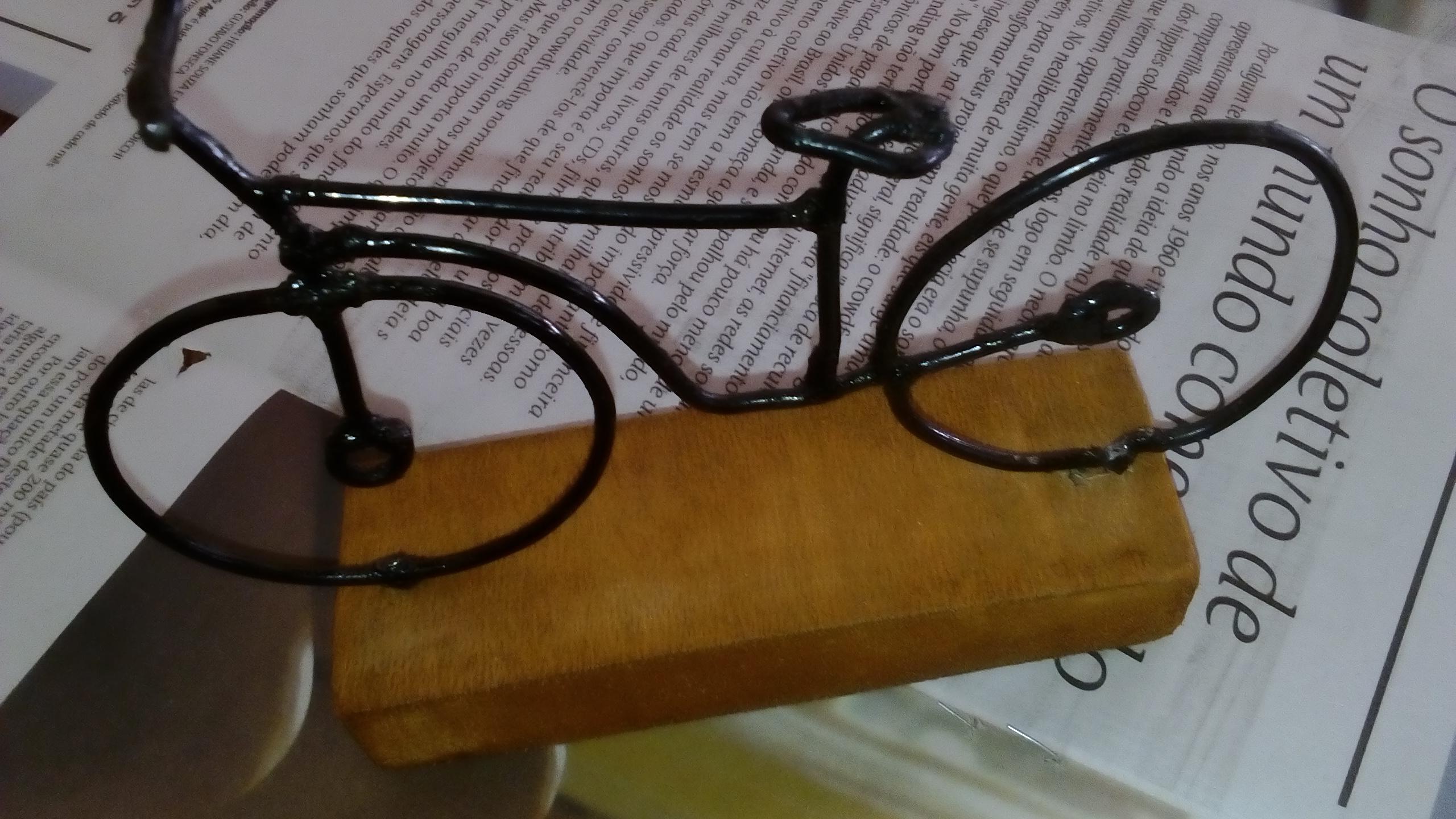 Bicicleta de arame Ismar artesanatos Elo7