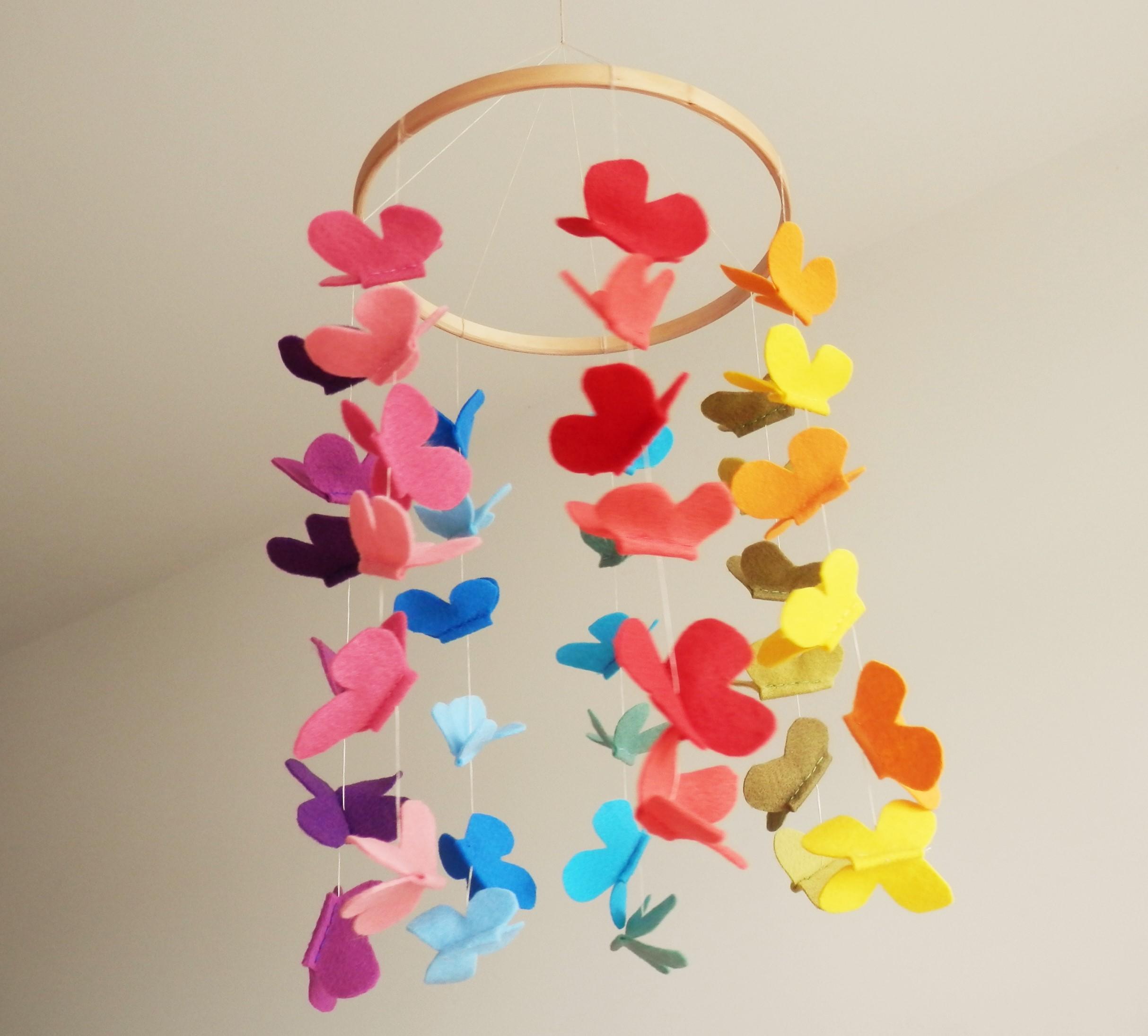 m243bile em feltro m243bile com borboletas lajja decor elo7