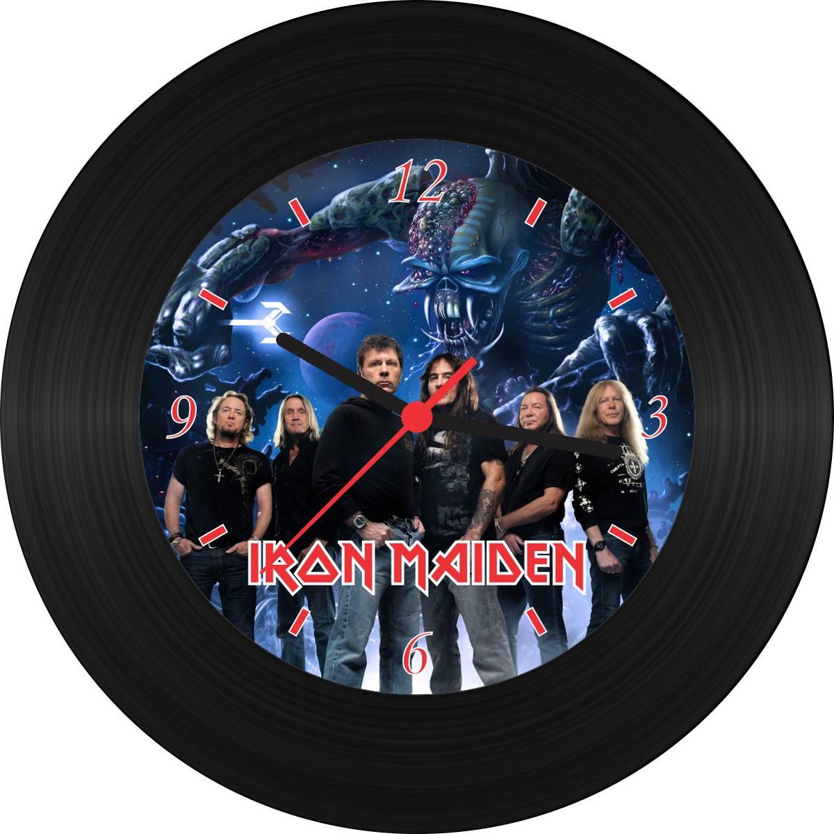 62f1b21ddd Relógio de Vinil - Iron Maiden no Elo7   Recife Art Vinil - Produtos ...