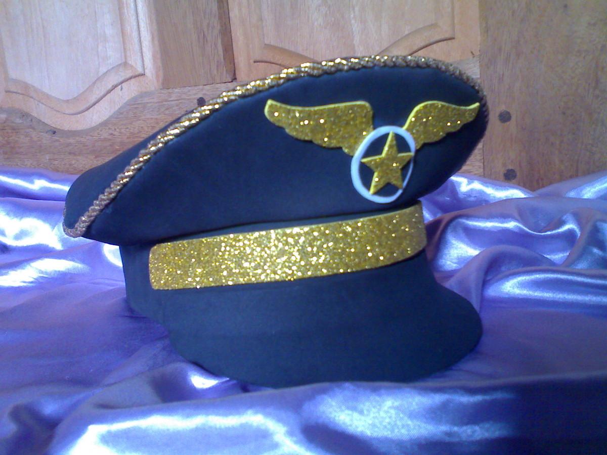 Quepe de Capitão da Aviação em E.V.A no Elo7  474474a4395