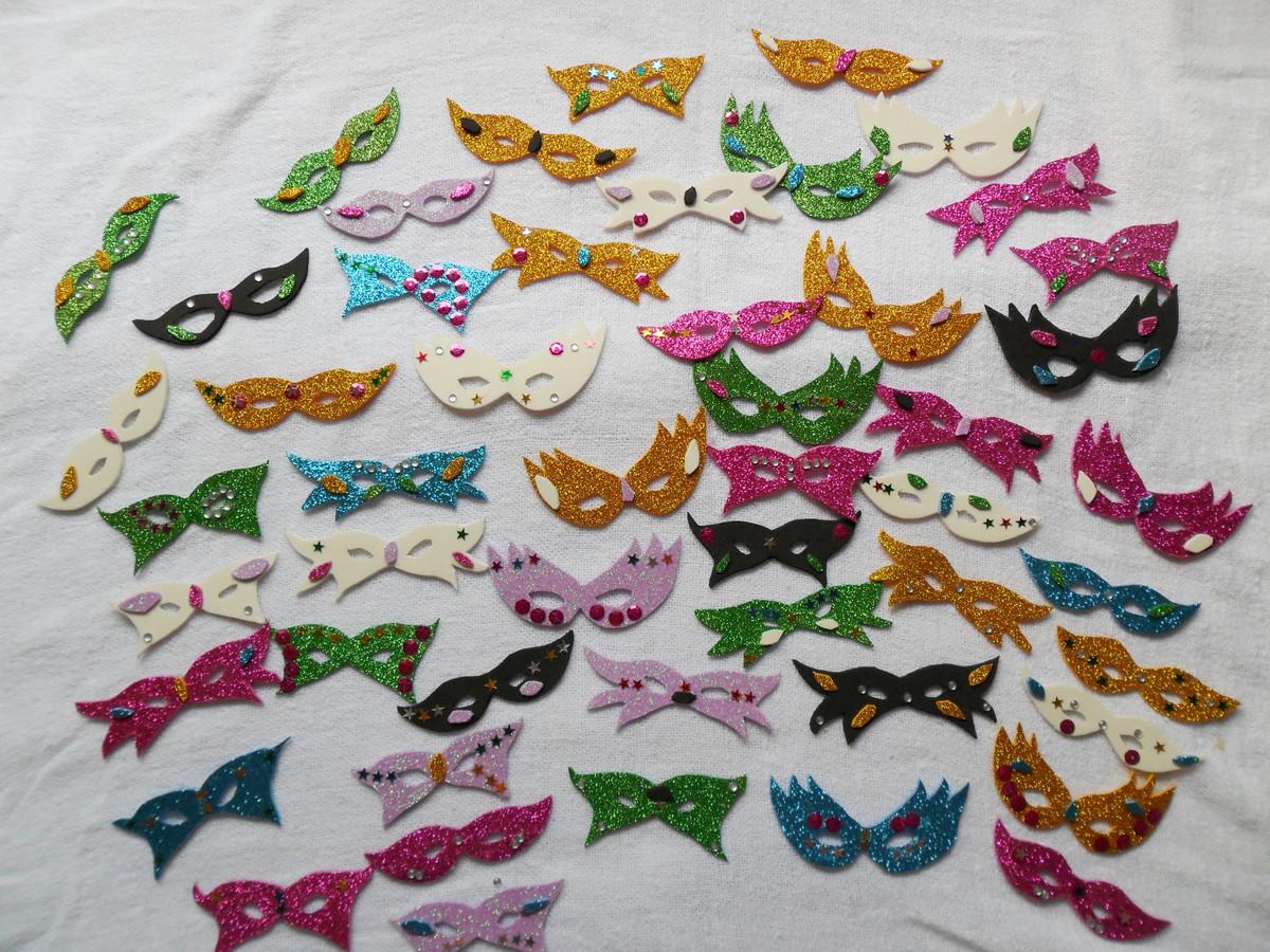 Mini Máscara de Carnaval para Decoraç u00e3o no Elo7 Ateli u00ea Viva sua Festa (69DF45) -> Decoração De Loja Carnaval