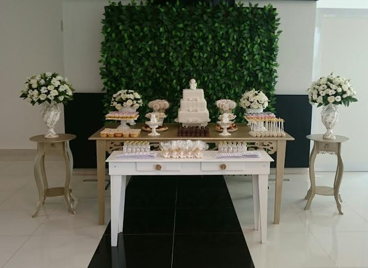 Loca o decora o dourada para festas no elo7 child - Casamento no brasil vale no exterior ...