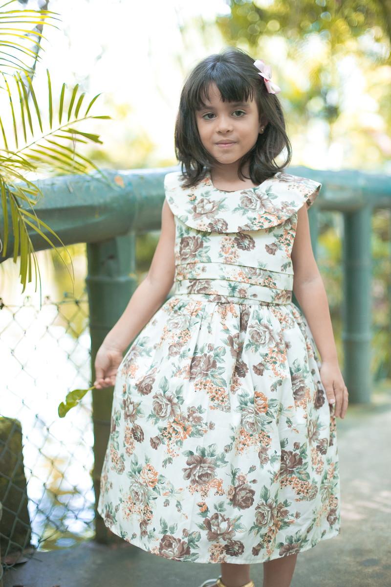 27b7ded6b1 Vestido Infantil Floral Marrom no Elo7