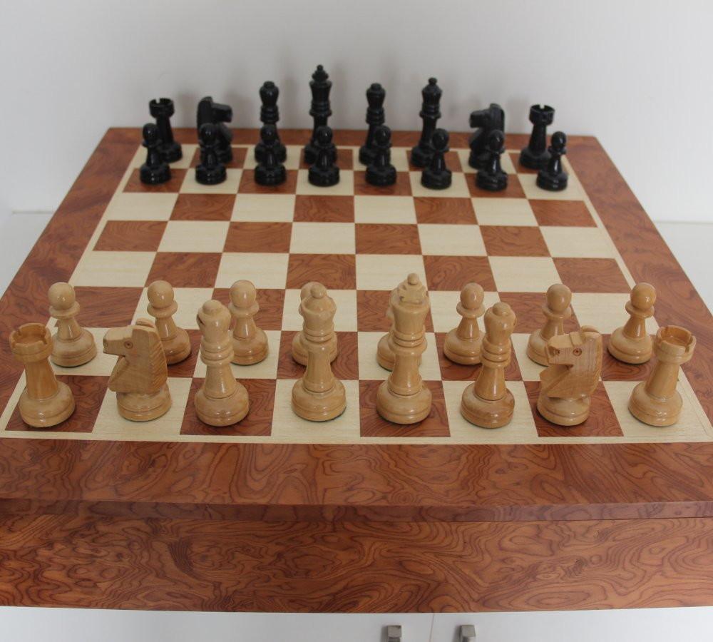 f273bdc5ca0 Tabuleiro de xadrez c  estojo para peças no Elo7