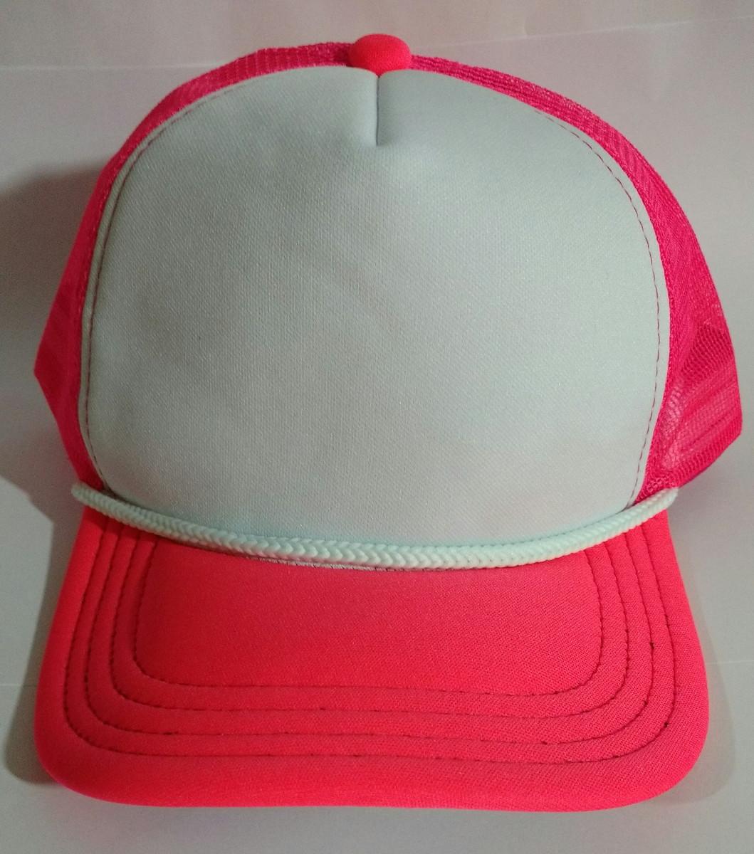 Boné Trucker Branco e Pink Personalizado no Elo7  b2eedf3b413