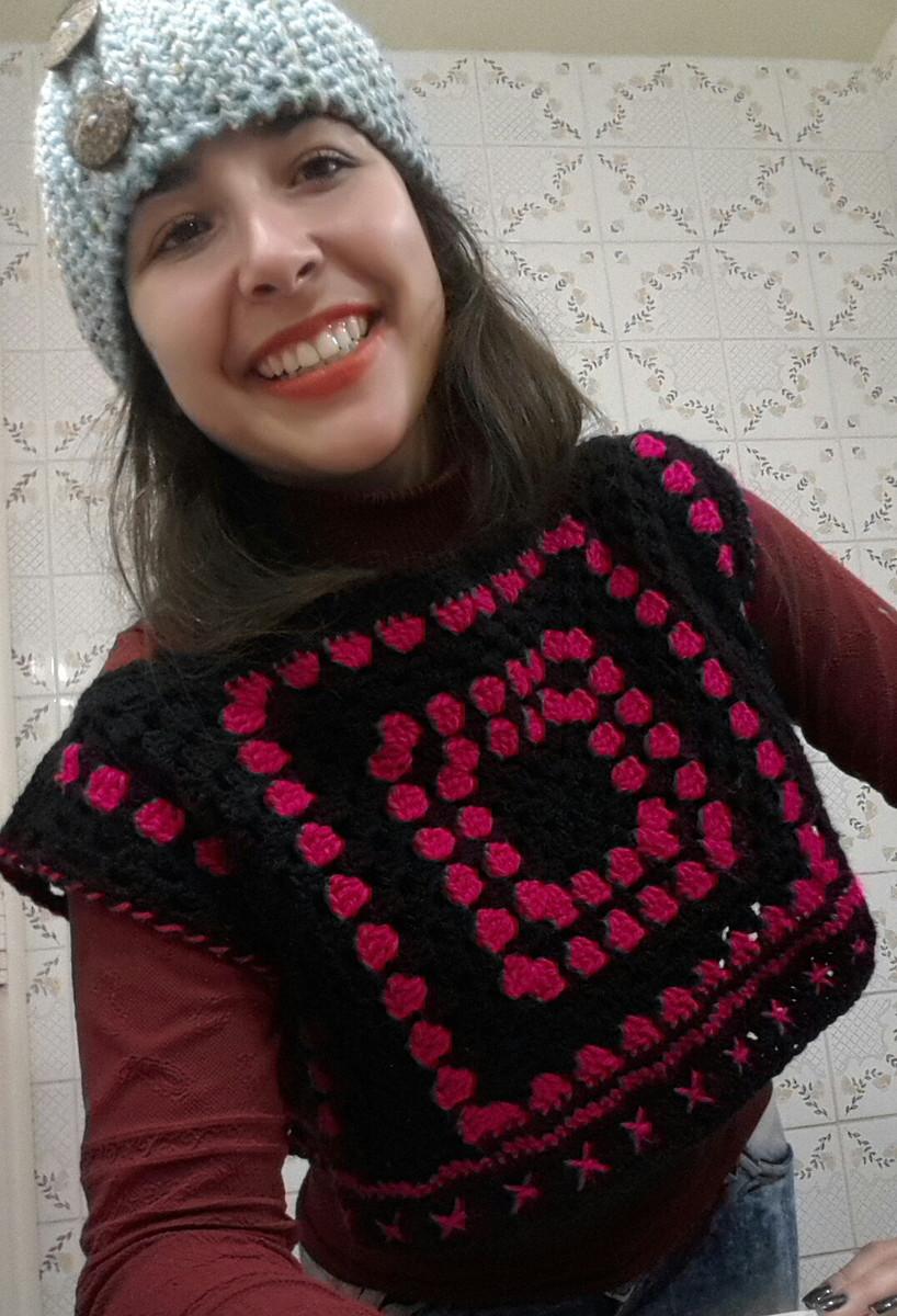 Mini blusa colete retrô em crochê no Elo7  de1b7be15c340