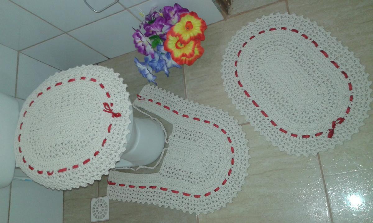 jogo de banheiro de Crochê cru com fita  Art Minas Croche  Elo7 -> Decoracao Tapete Banheiro