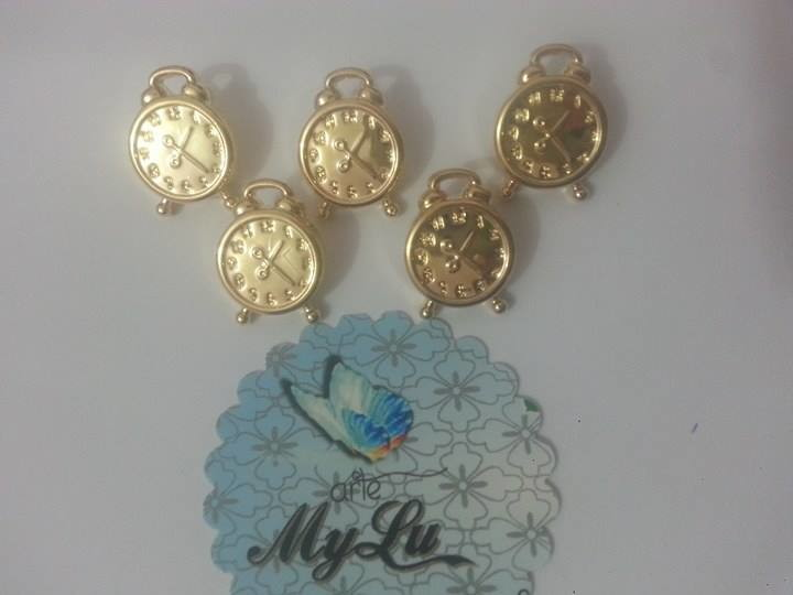 f76852e7e24 Mini relógio DOURADO no Elo7