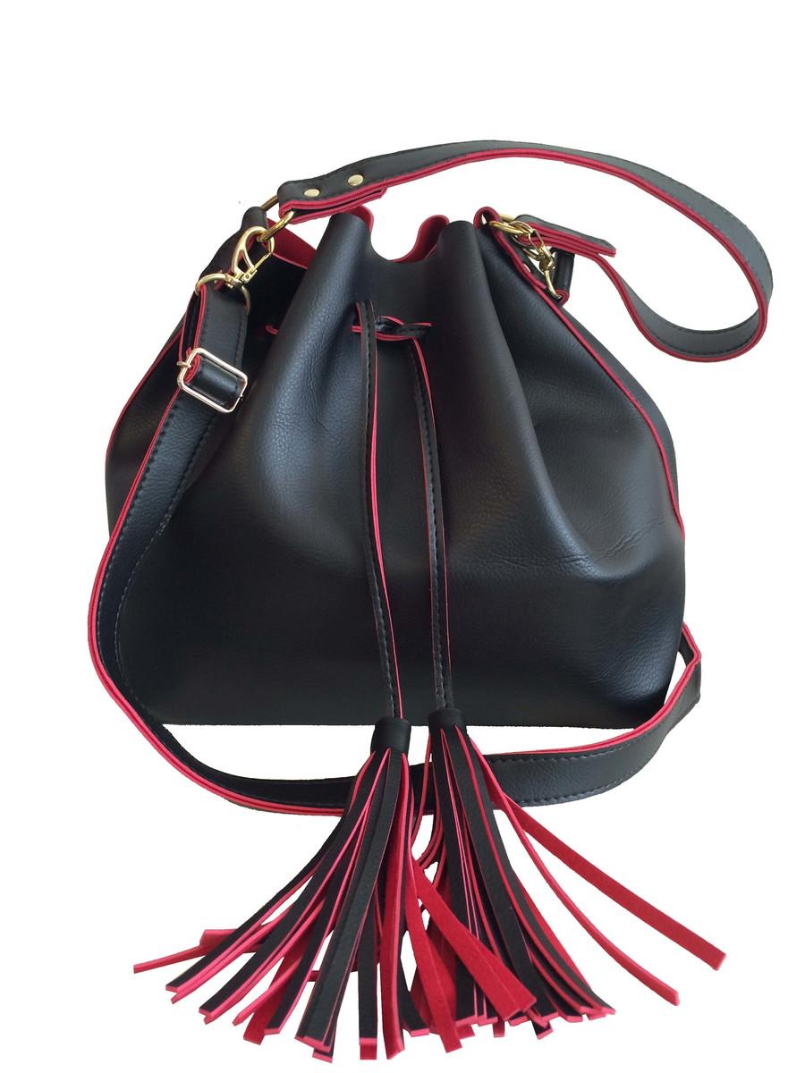 d1403ef1d Bolsa feminina grande saco transversal preta e vermelha no Elo7 ...
