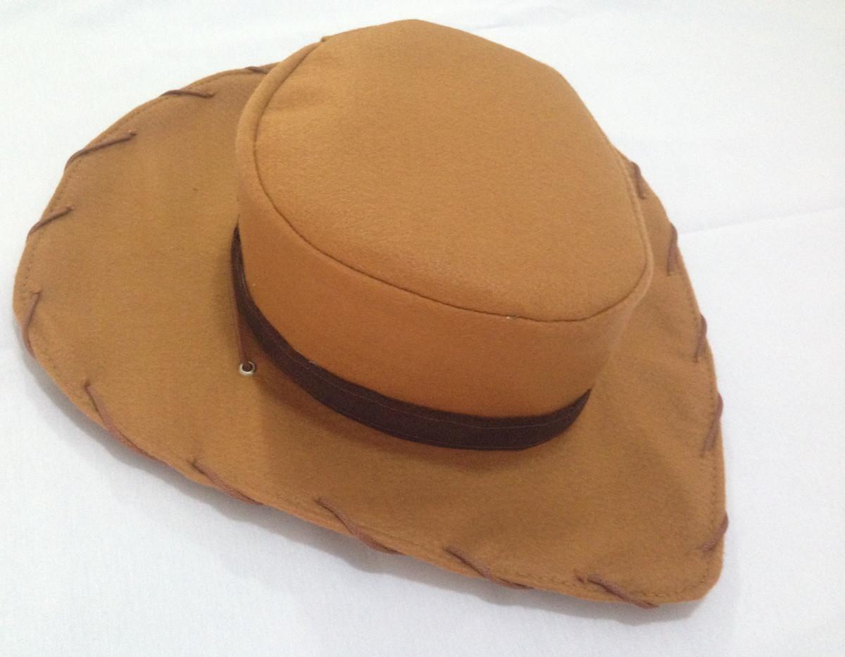 a3edaedb6e935 Chapéu cowboy Woody e cinto com coldre no Elo7