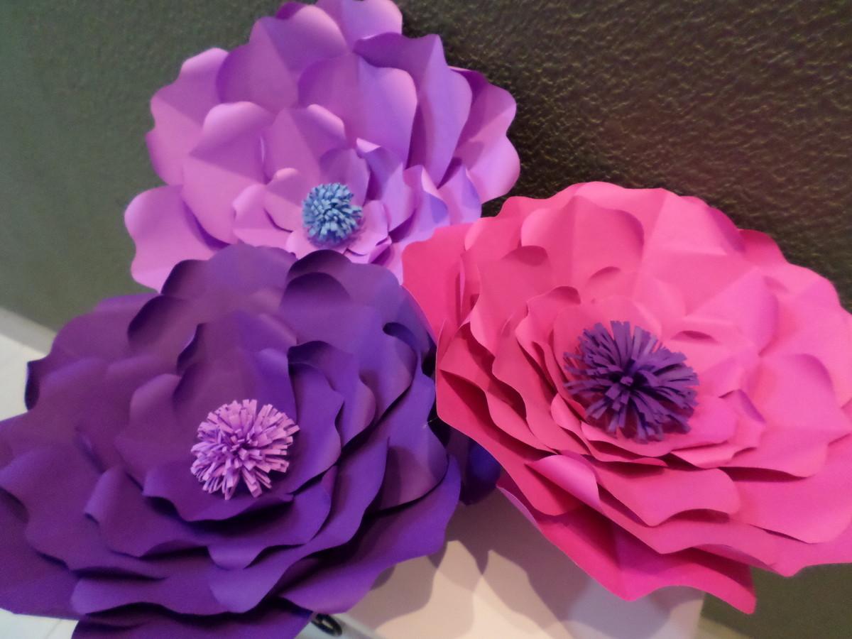 Flores de papel gigantes luxo 30 cm no elo7 mais flor for Rosas de papel