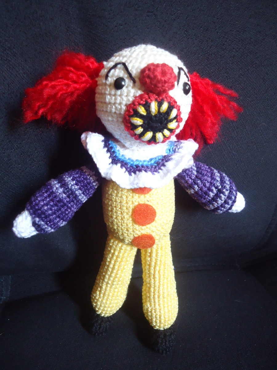 It A Obra Prima Do Medo Cheap pennywise amigurumi | feitiço do crochê | elo7