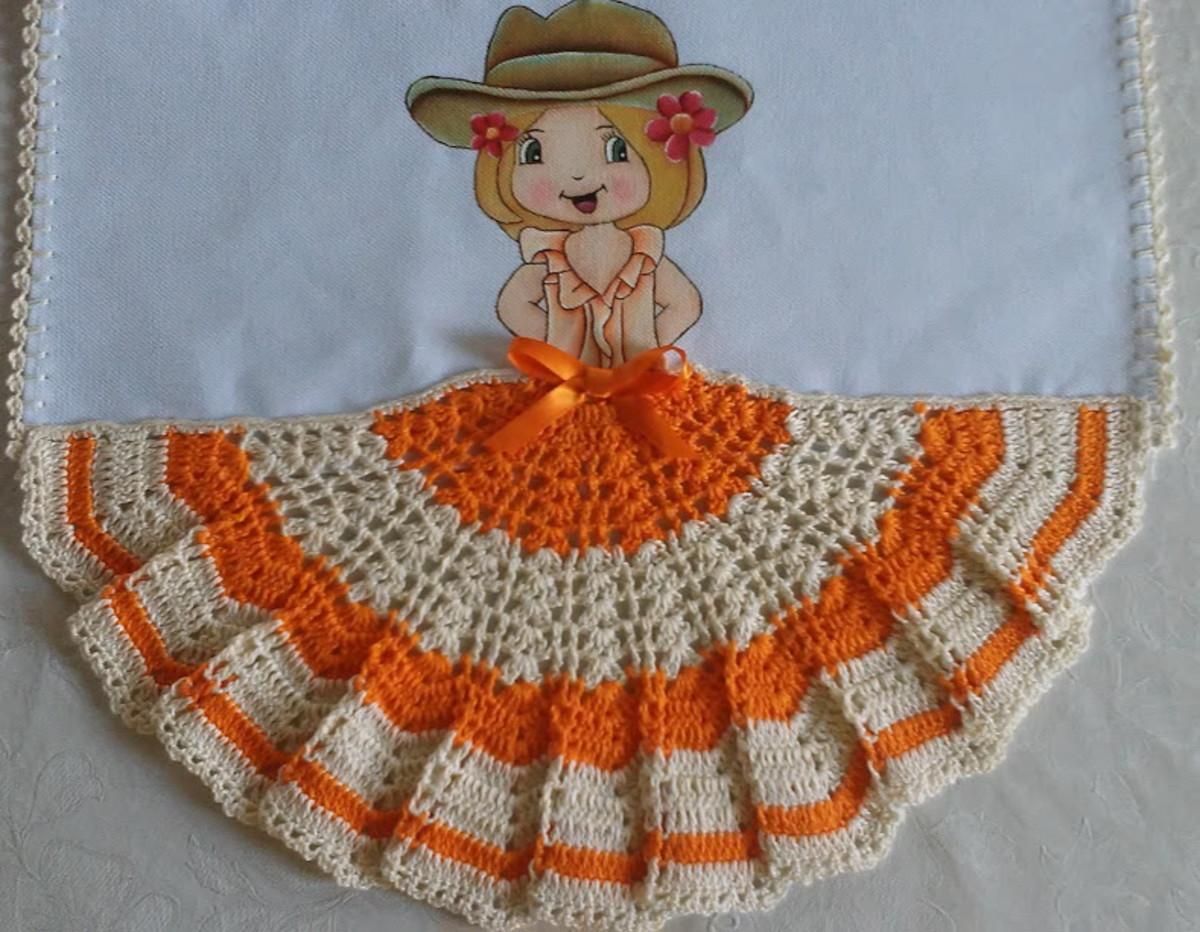 64cd93fa19ead3 Pano de prato com menina de chapéu.